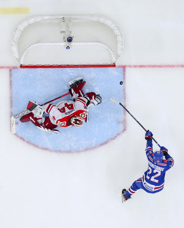 Kontinental Hockey League: SKA St Petersburg 2 - 4 Avtomobilist Yekaterinburg