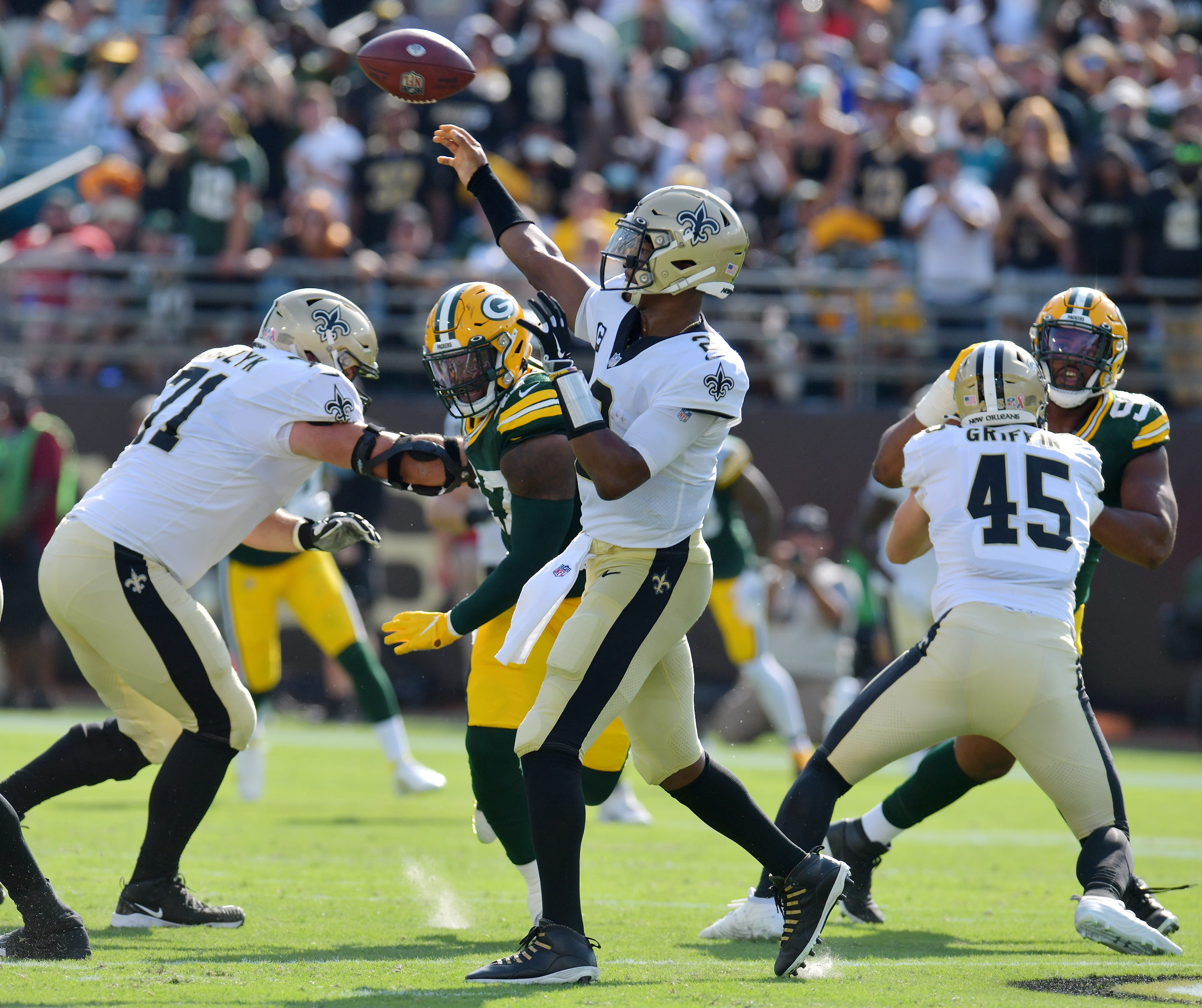 New Orleans Saints quarterback Jameis Winston (2) launches an early first quarter pass.