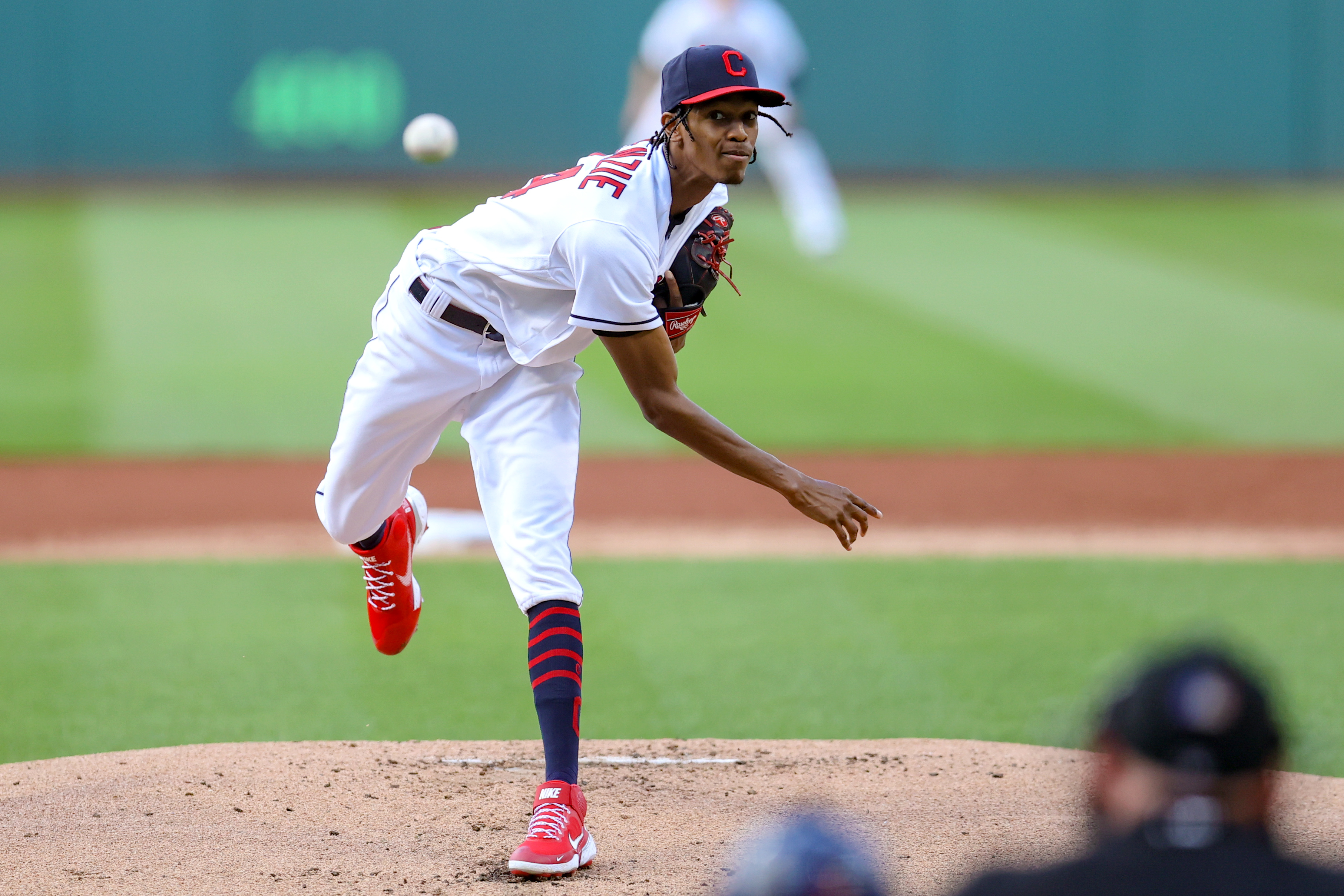 Cleveland Indians pitcher Triston McKenzie (24) delivers a pitch to the plate during the second inning of the Major League Baseball game between the Minnesota Twins and Cleveland Indians on September 8, 2021, at Progressive Field in Cleveland, OH.