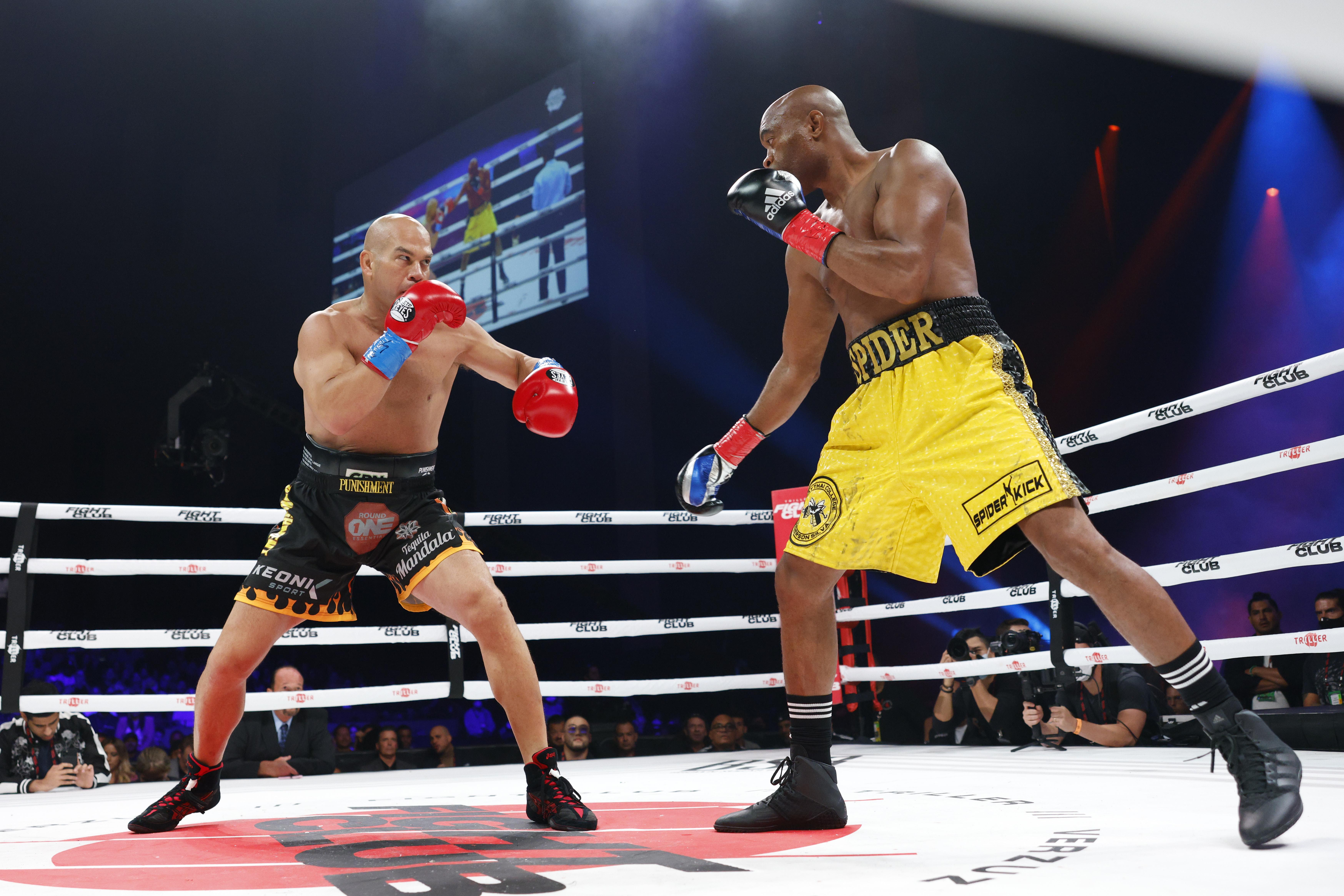 Tito Ortiz vs. Anderson Silva