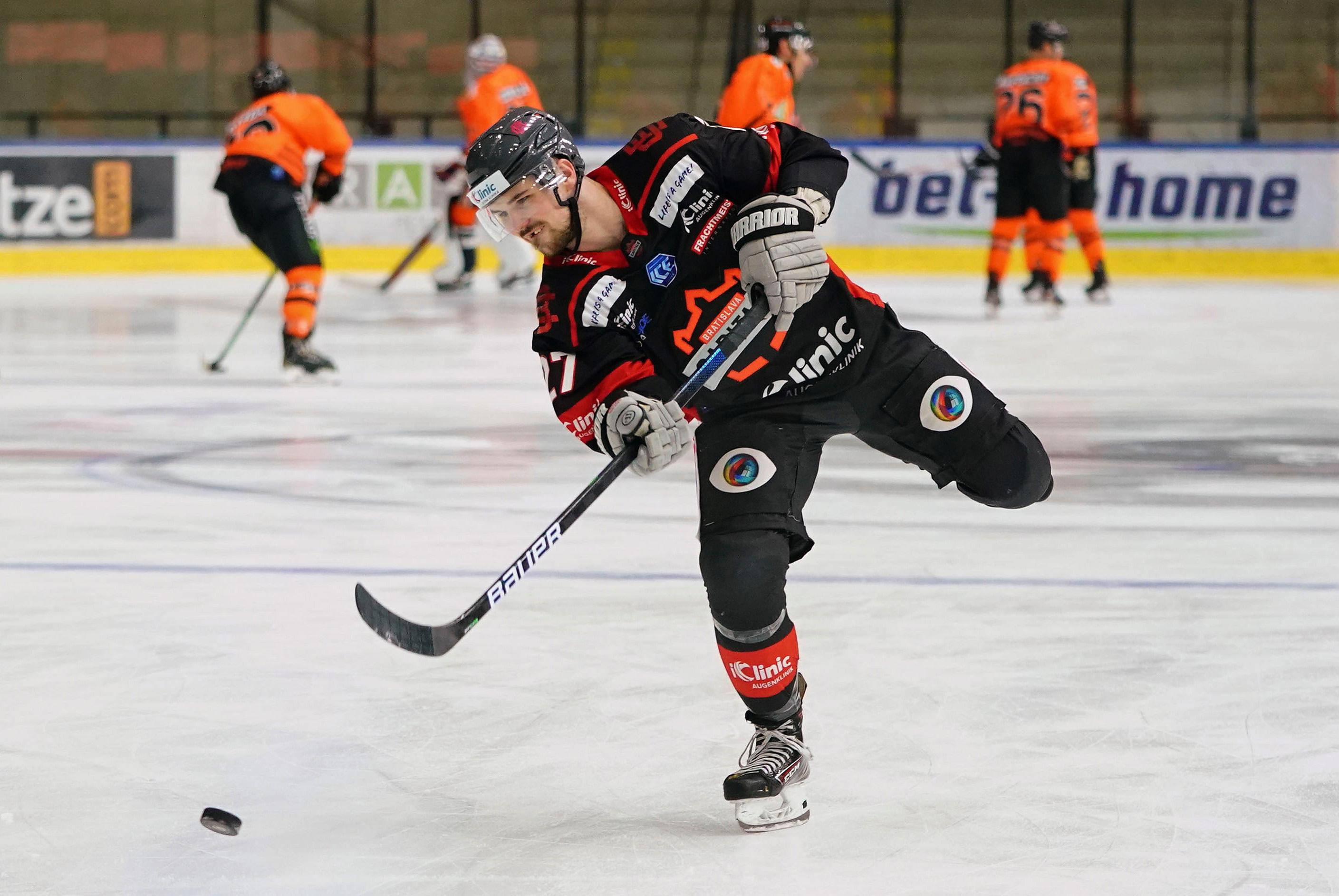Moser Medical Graz99ers v iClinic Bratislava Capitals - Bet-at-home Ice Hockey League