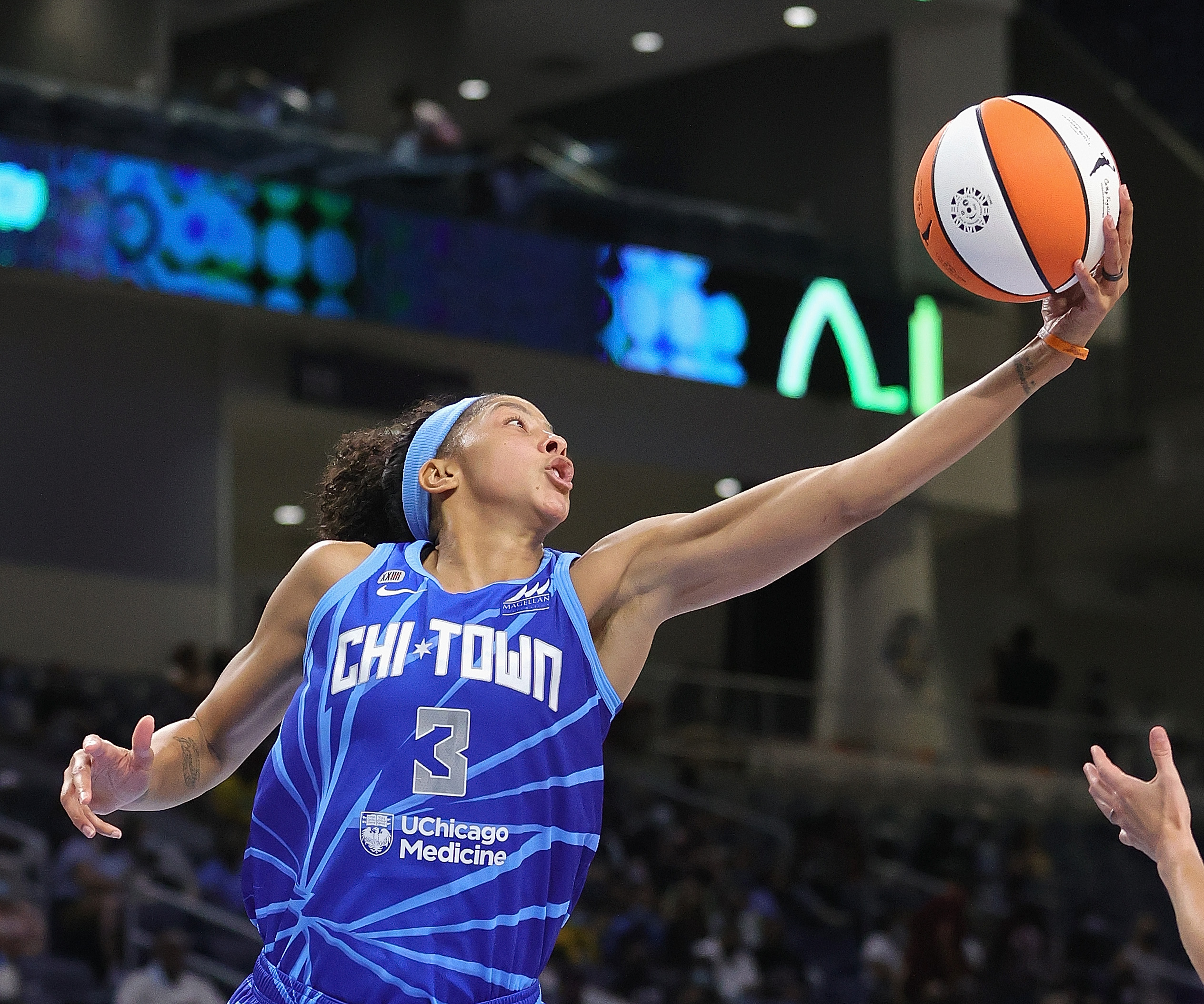 """Chicago Mayor Lori Lightfoot declared Sept. 16 """"Candace Parker Day."""""""