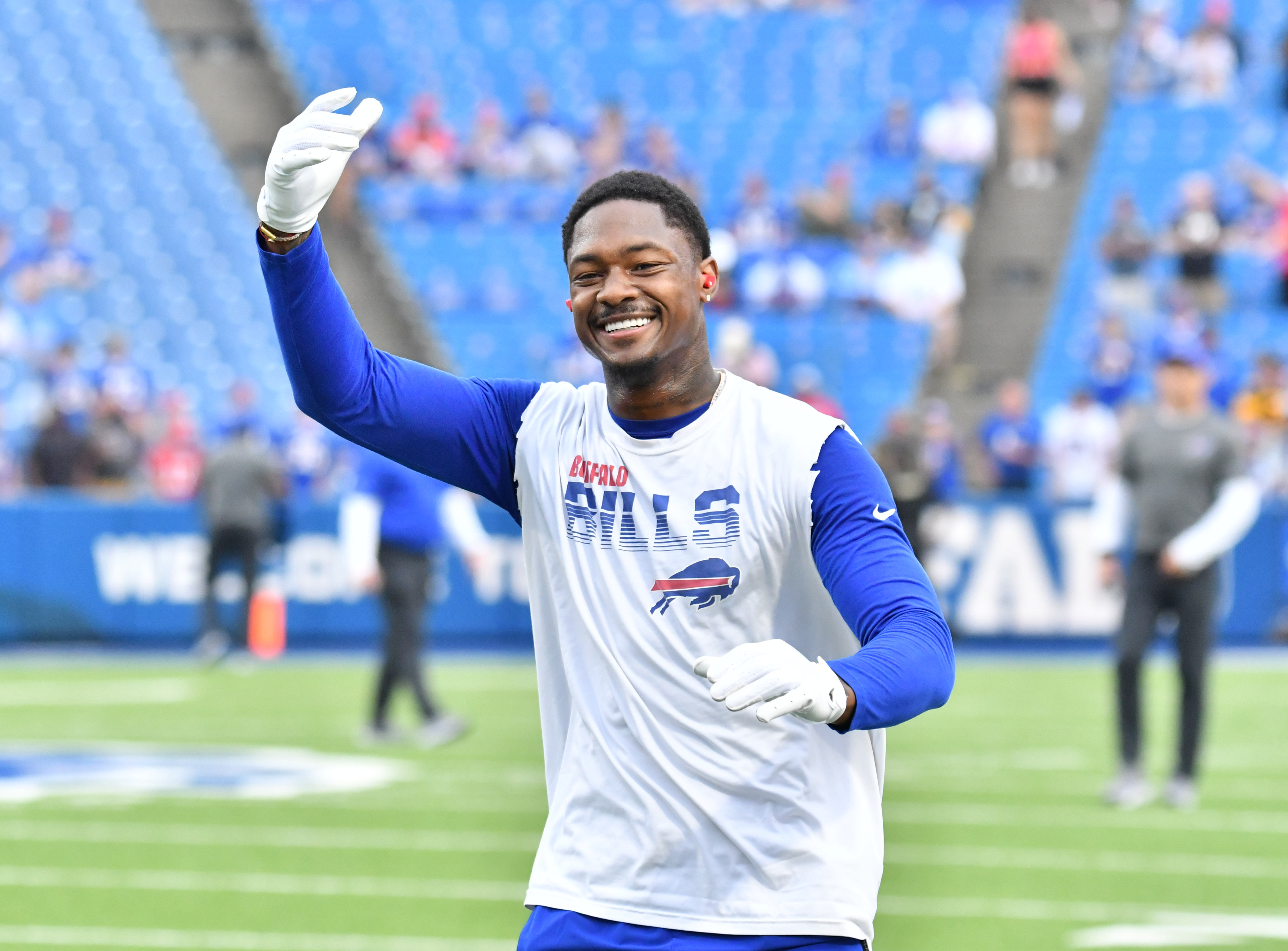 Buffalo Bills wide receiver Stefon Diggs (14) warms up prior to a game against the Pittsburgh Steelers at Highmark Stadium.
