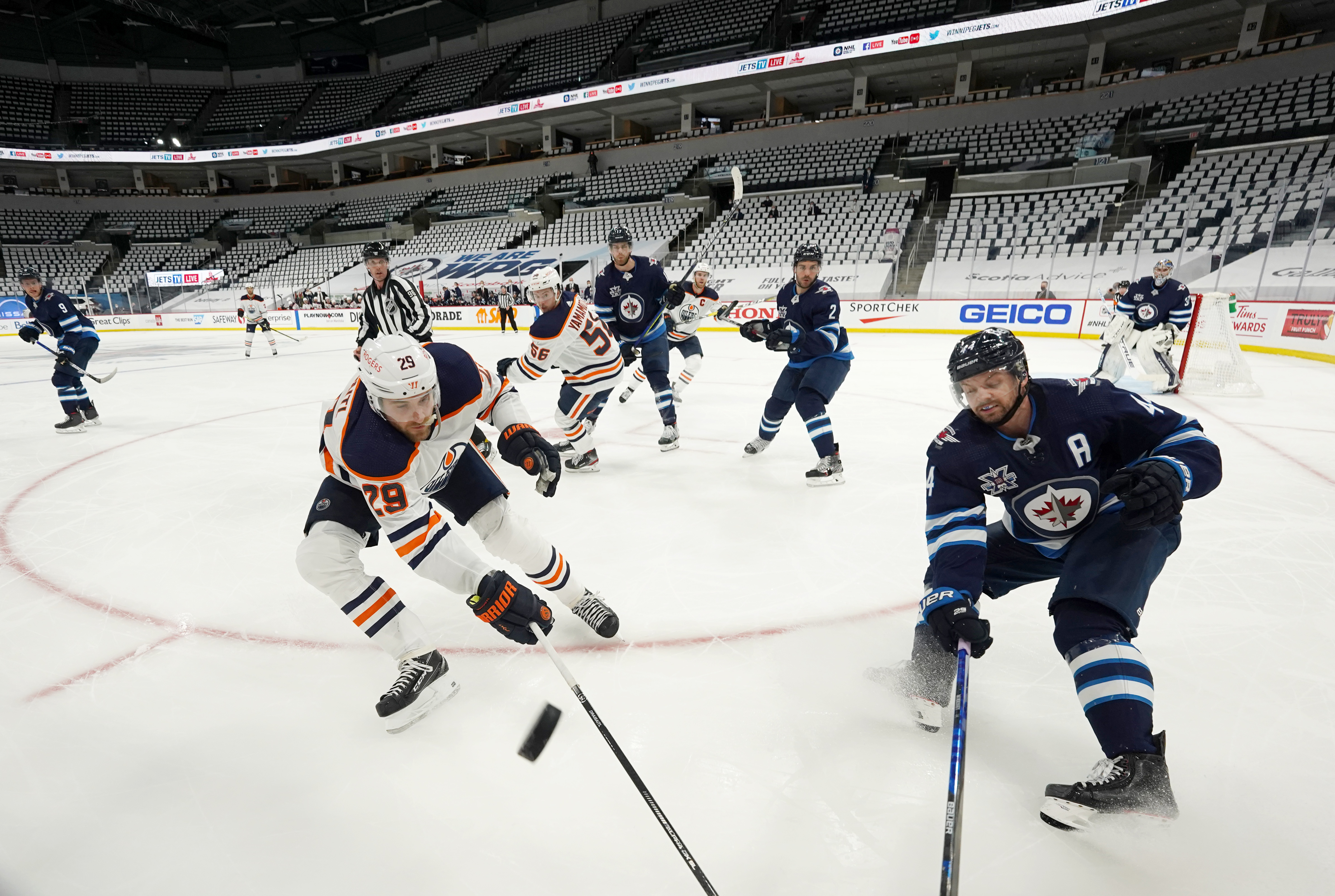 Winnipeg Jets v Edmonton Oilers - Game Four