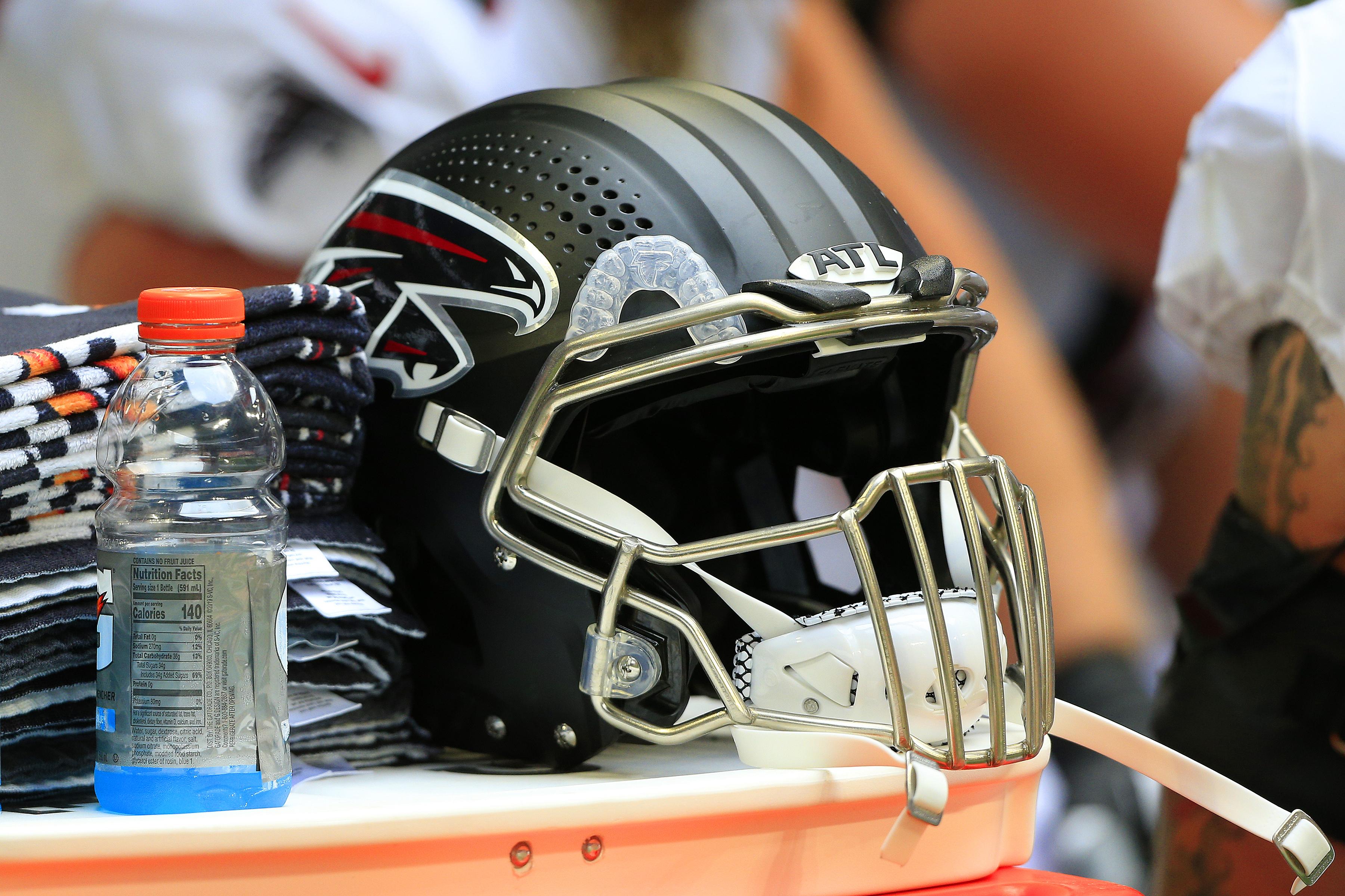 NFL: SEP 12 Eagles at Falcons