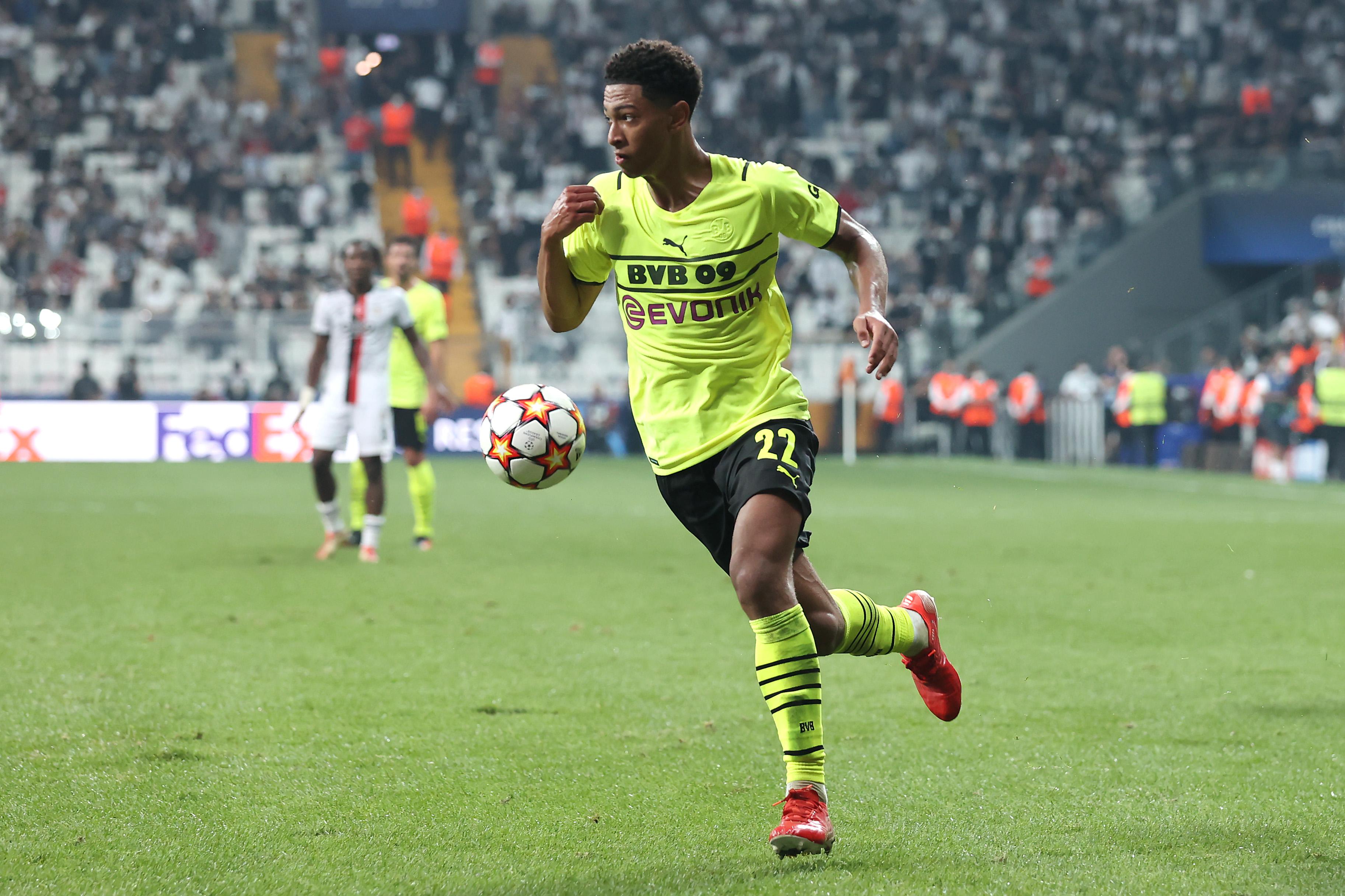 Besiktas v Borussia Dortmund: Group C - UEFA Champions League