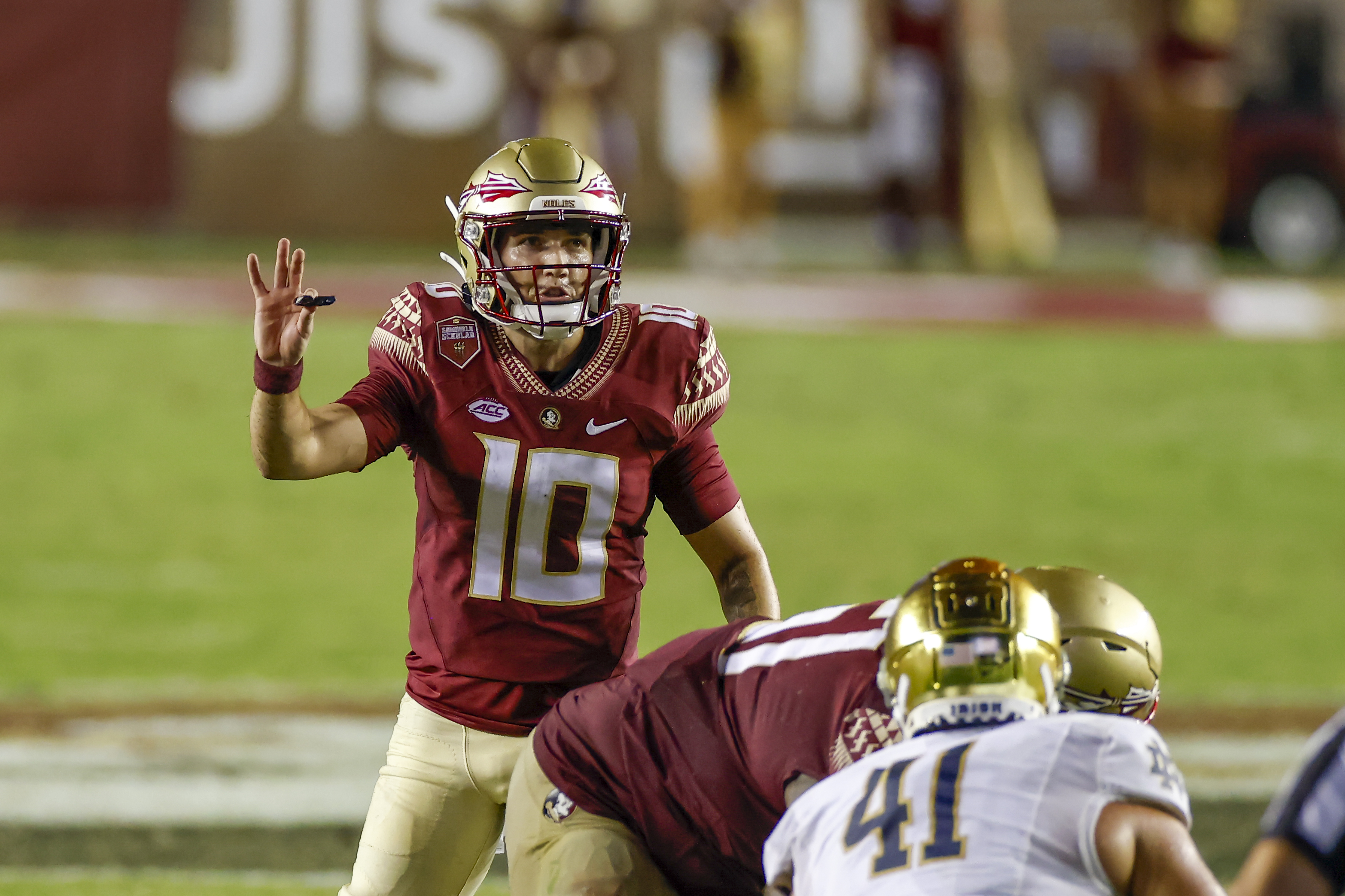 Florida State Seminoles quarterback McKenzie Milton during the game between the Notre Dame Fighting Irish and the Florida State Seminoles on September 5, 2021 at Bobby Bowden Field at Doak Campbell Stadium in Tallahassee, Fl.