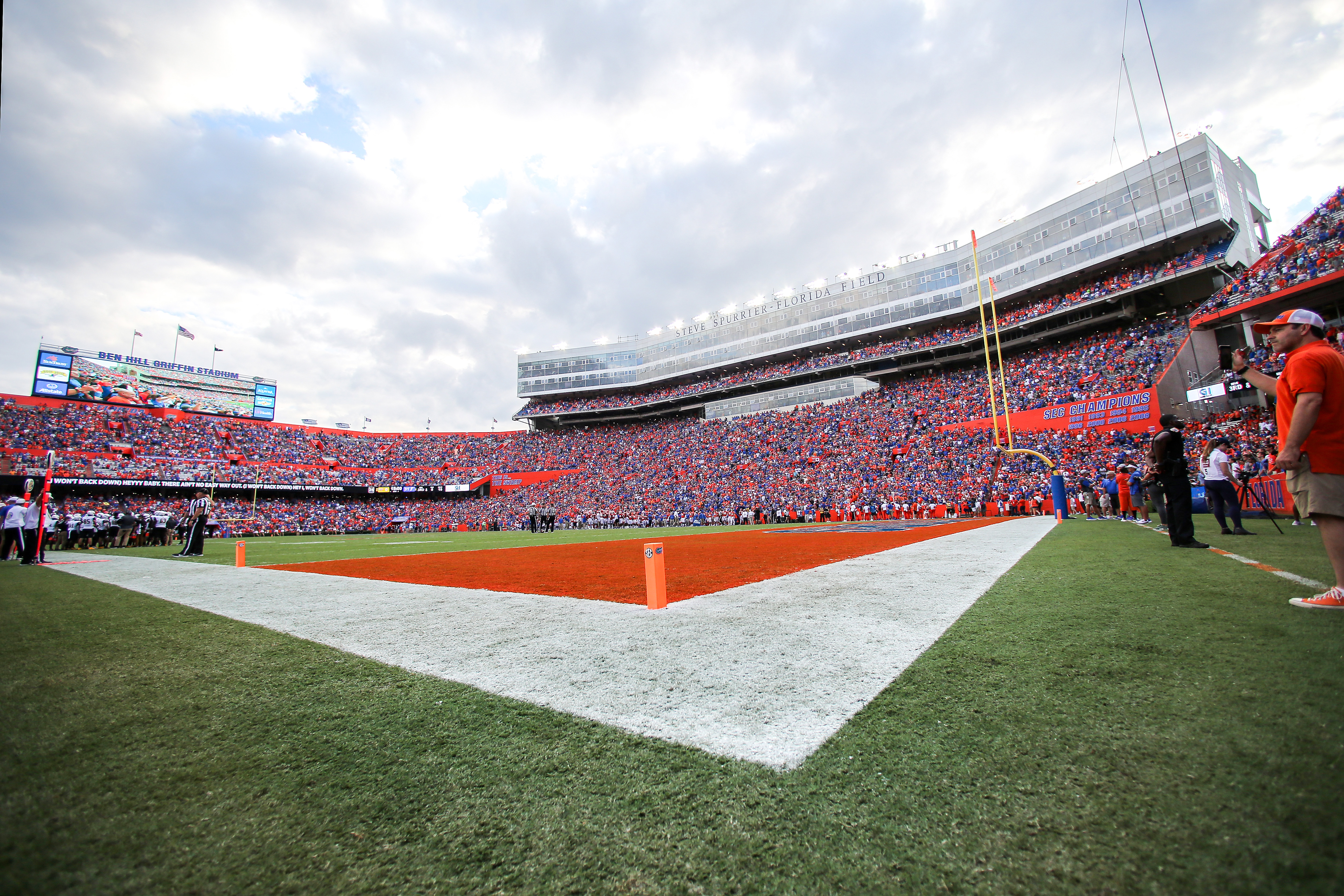 A General View of Ben Hill Griffin Stadium during the fourth quarter of the Towson Tigers Versus the Florida Gators game on September 28, 2019 in Gainesville, Florida.