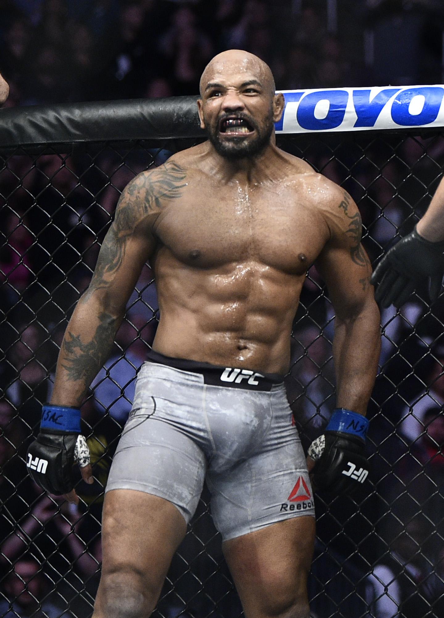 UFC 248: Adesanya v Romero