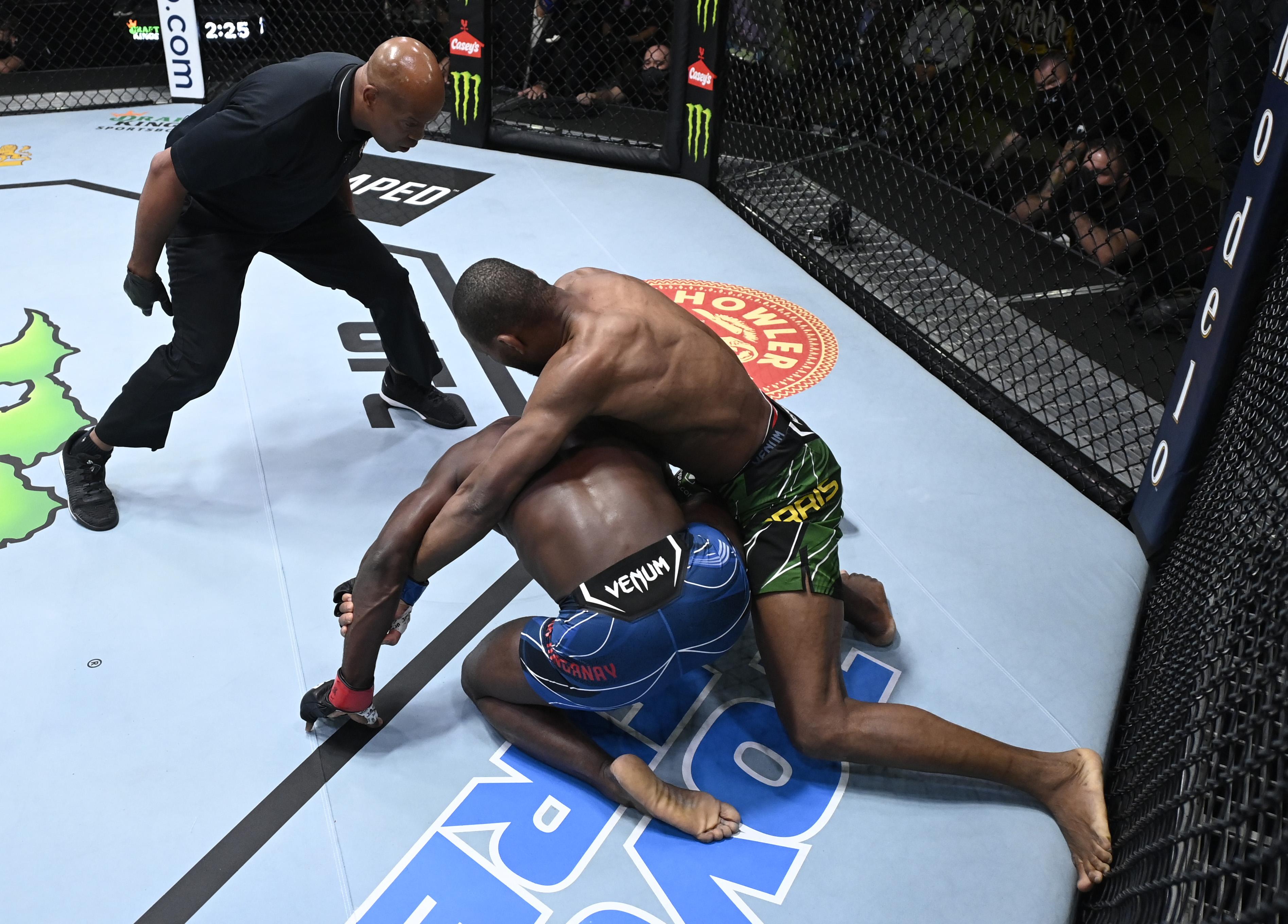 Carlston Harris stopped Impa Kasanganay with strikes at UFC Vegas 37
