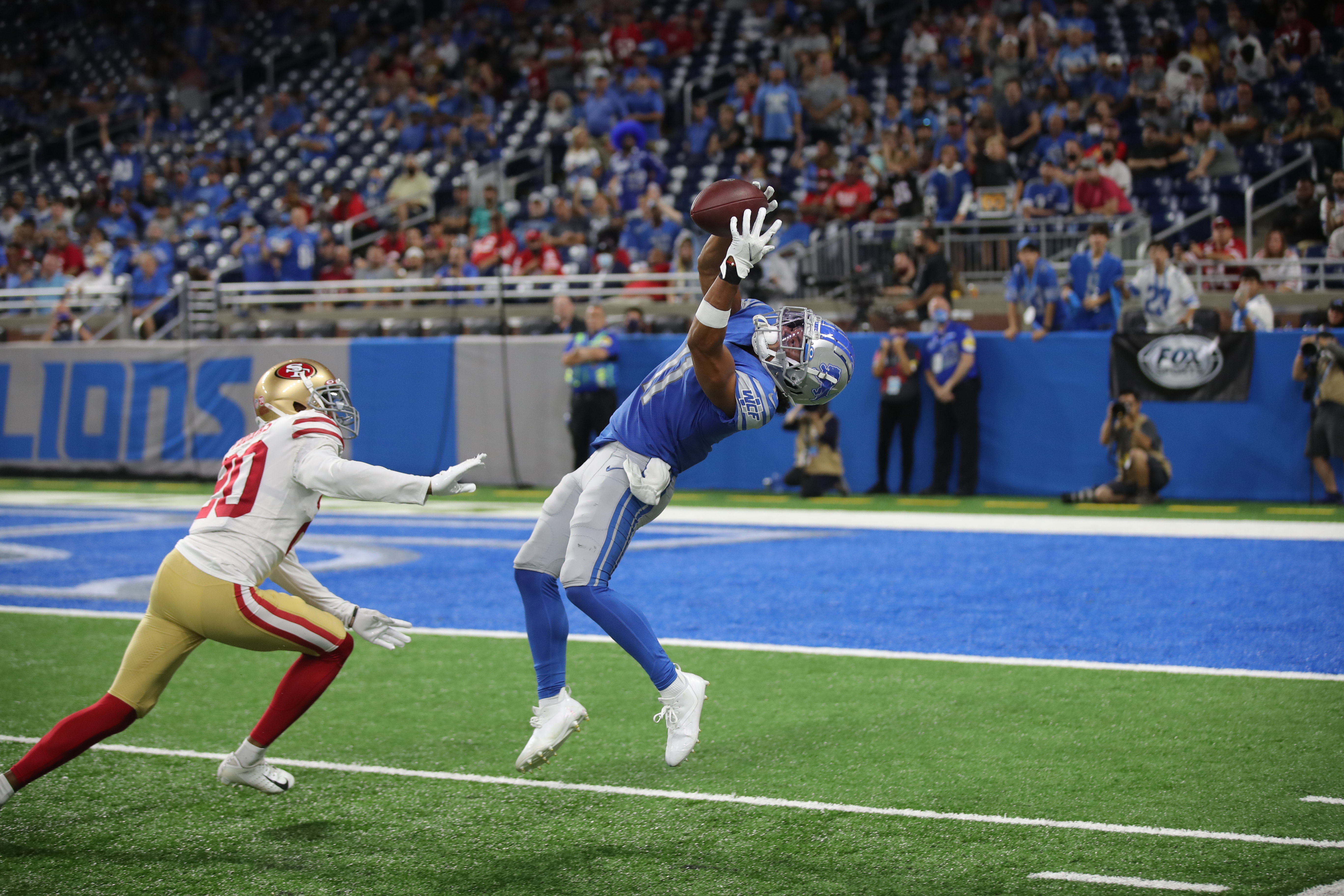 Kalif Raymond #11 of the Detroit Lions makes a catch during the game against the San Francisco 49ers at Ford Field on September 12, 2021 in Detroit, Michigan.
