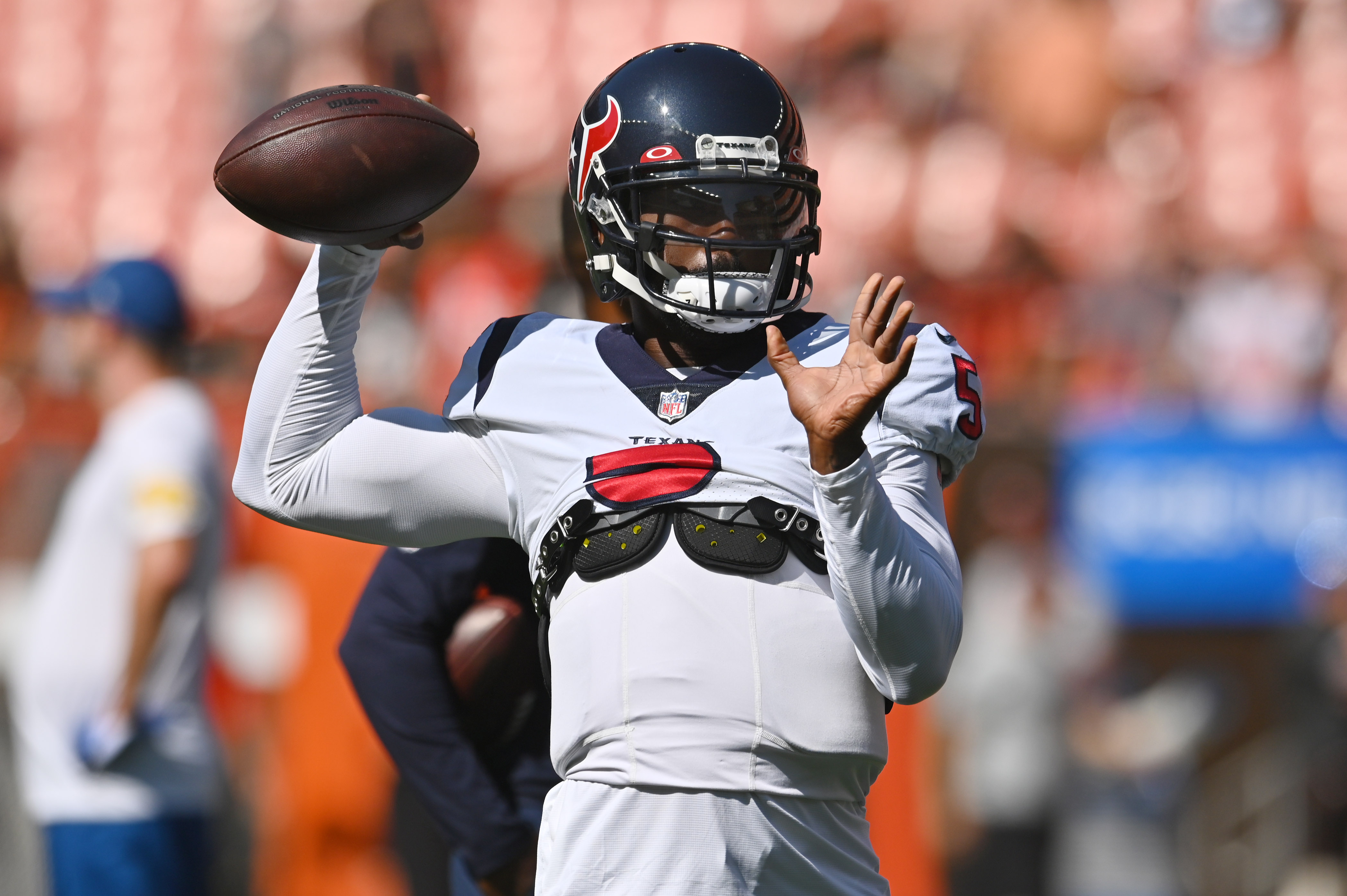 Houston Texans quarterback Tyrod Taylor (5) throws a pass before the game between the Cleveland Browns and the Houston Texans at FirstEnergy Stadium.
