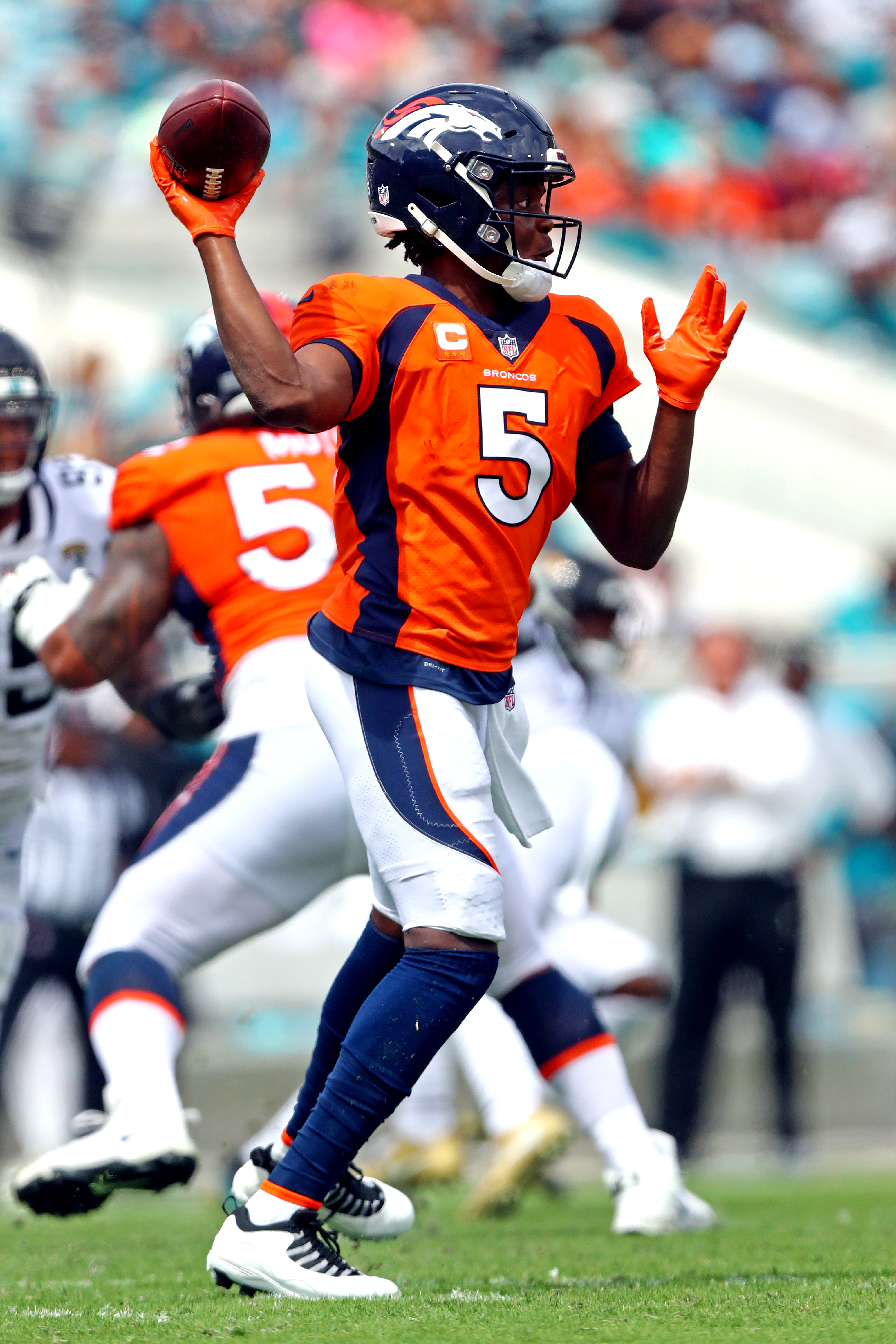 Broncos quarterback Teddy Bridgewater (5) throws a pass during the second quarter against the Jacksonville Jaguars at TIAA Bank Field.