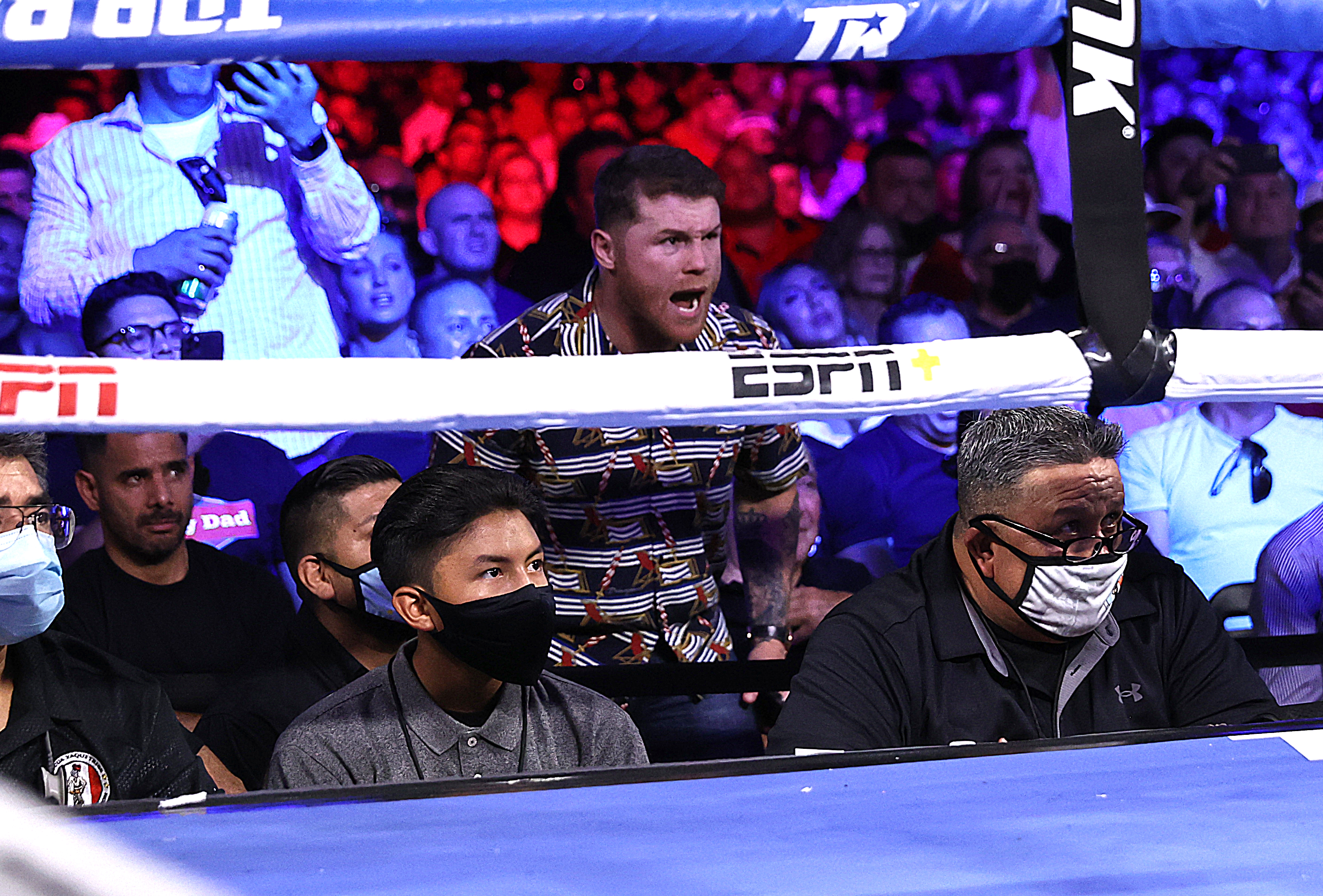 Canelo Alvarez cheering the fight night between WBC super featherweight champion Oscar Valdez and Robson Conceição at Casino del Sol on September 10, 2021 in Tucson, Arizona.