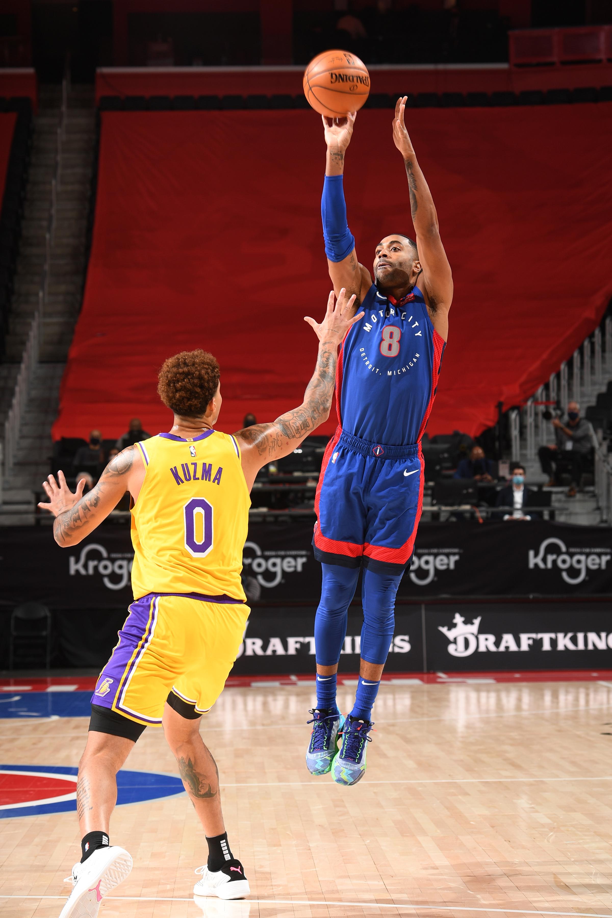 Los Angeles Lakers v Detroit Pistons
