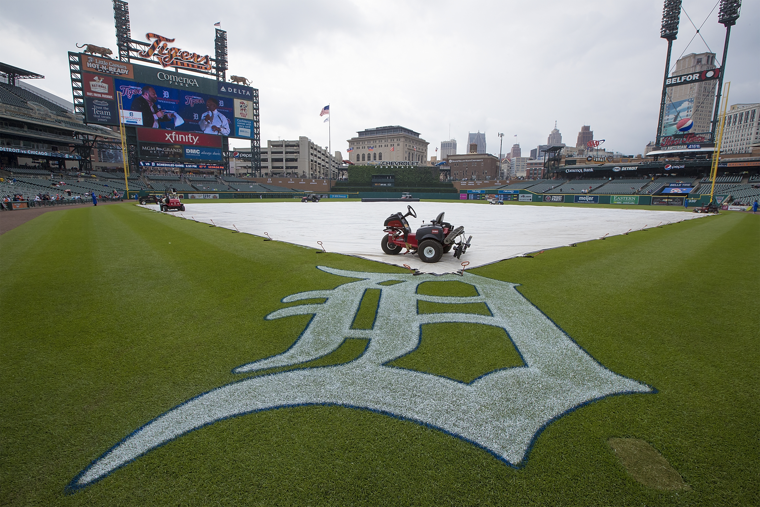 The White Sox and Tigers were rained out Wednesday.