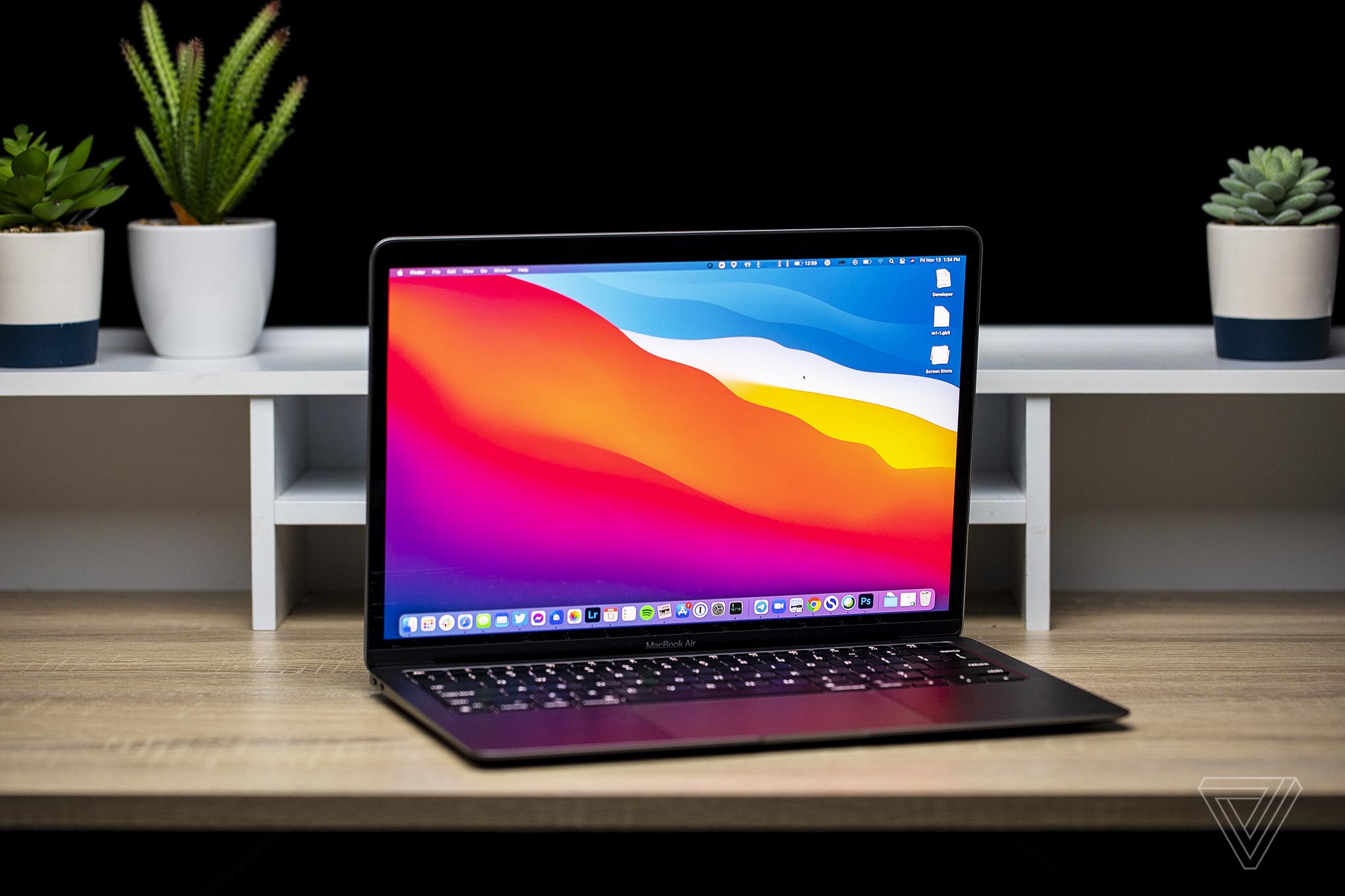 Best Laptops 2020: Apple MacBook Air
