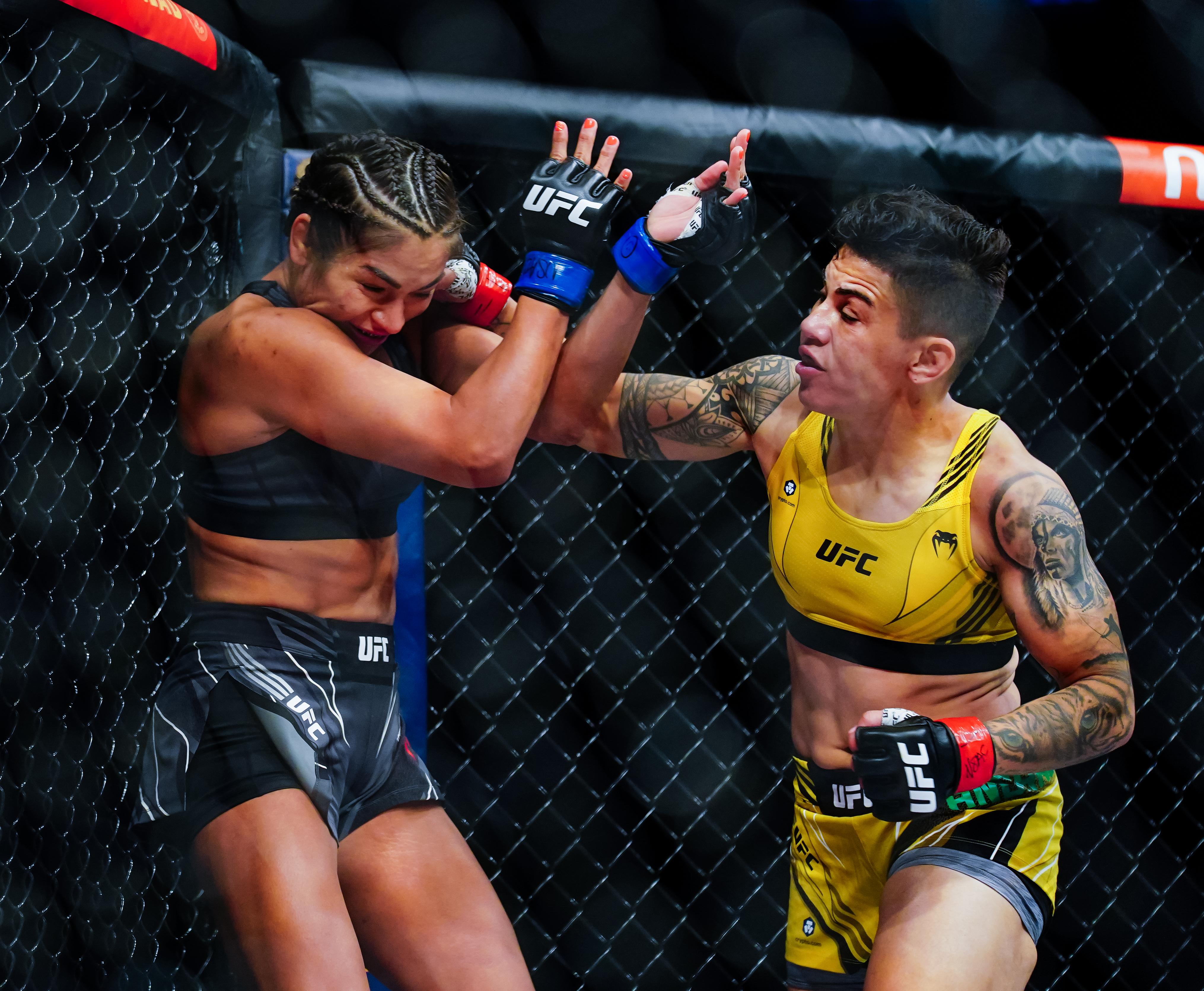 UFC 266: Andrade v Cavillo