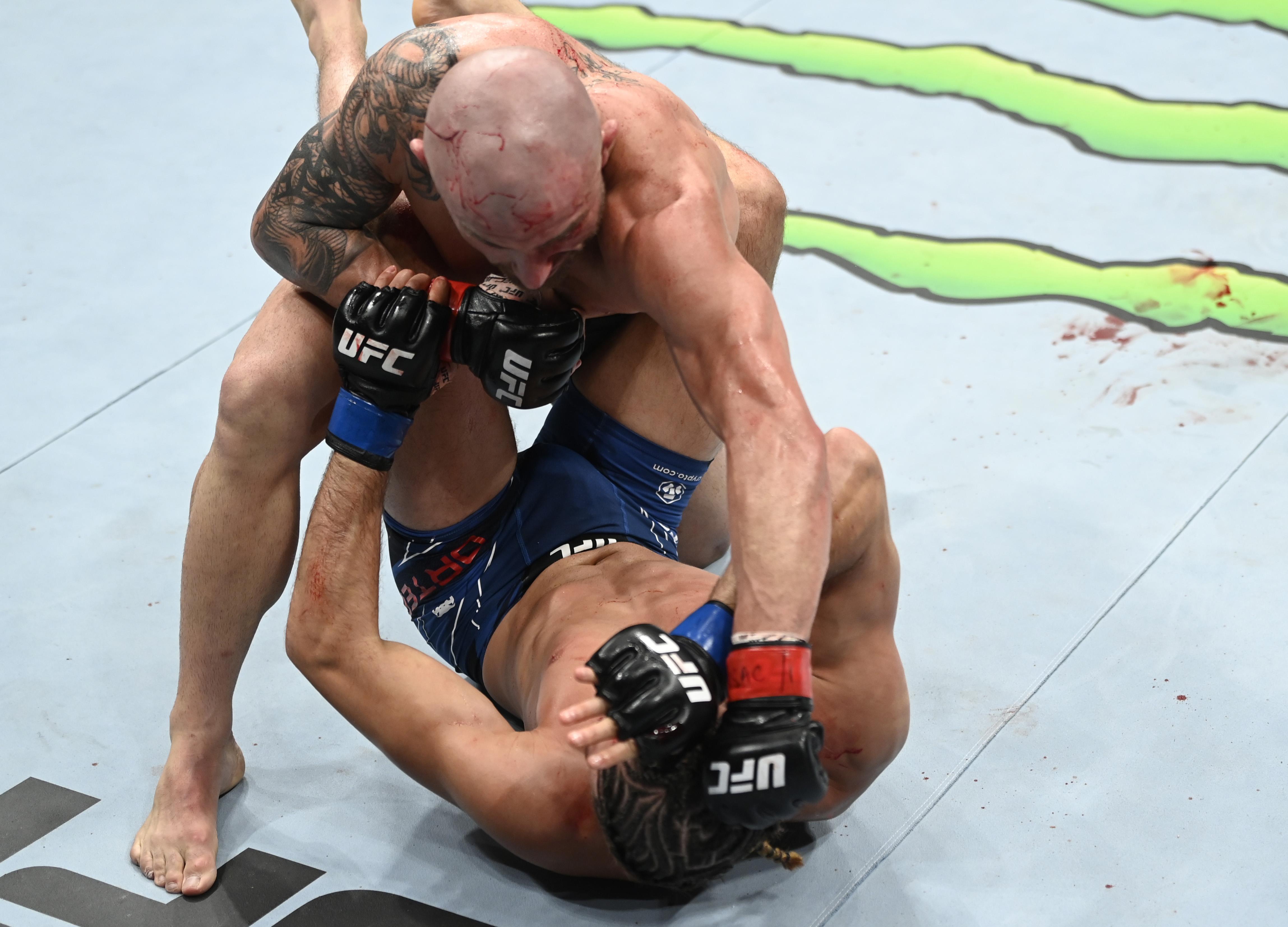 UFC 266: Volkanovski v Ortega