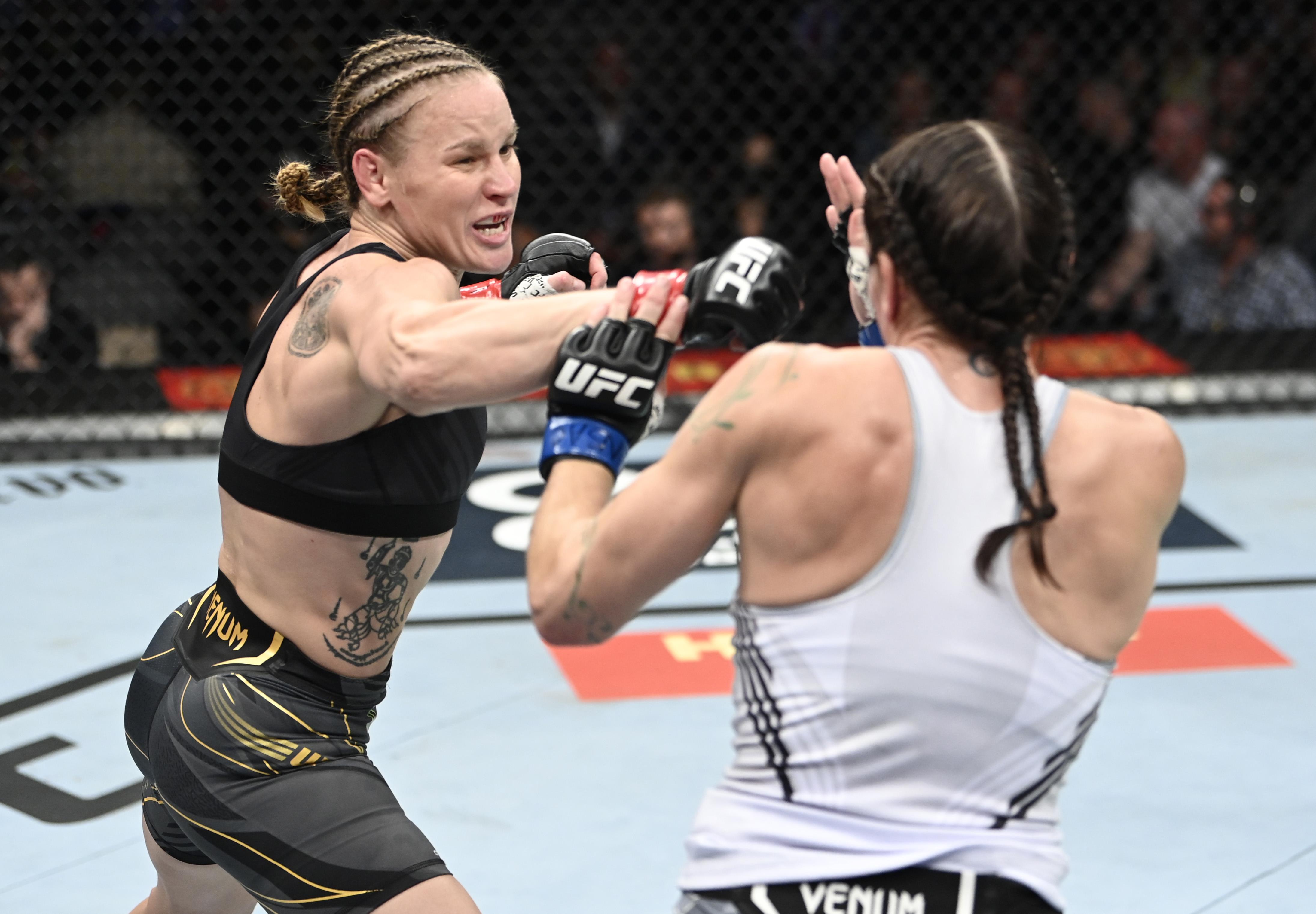 Valentina Shevchenko TKO'd Lauren Murphy at UFC 266.