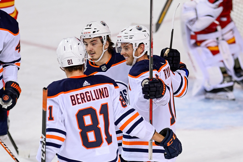NHL: SEP 26 Preseason - Oilers at Flames