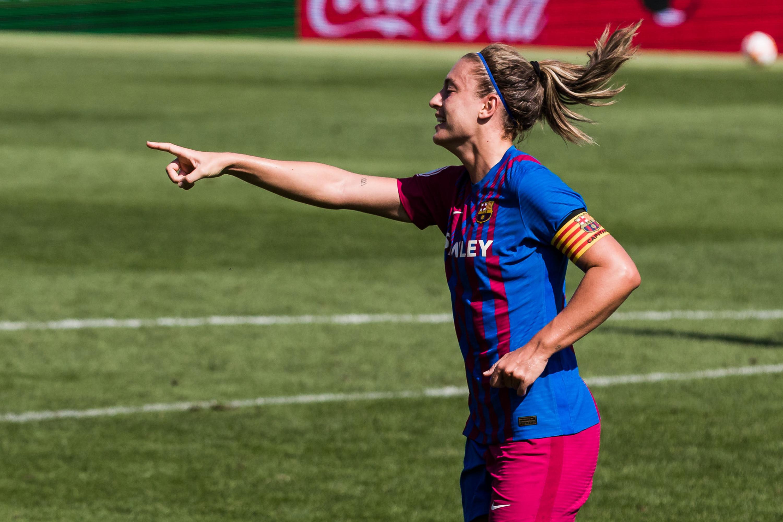 Fc Barcelona V Valencia - Primera Division Femenina