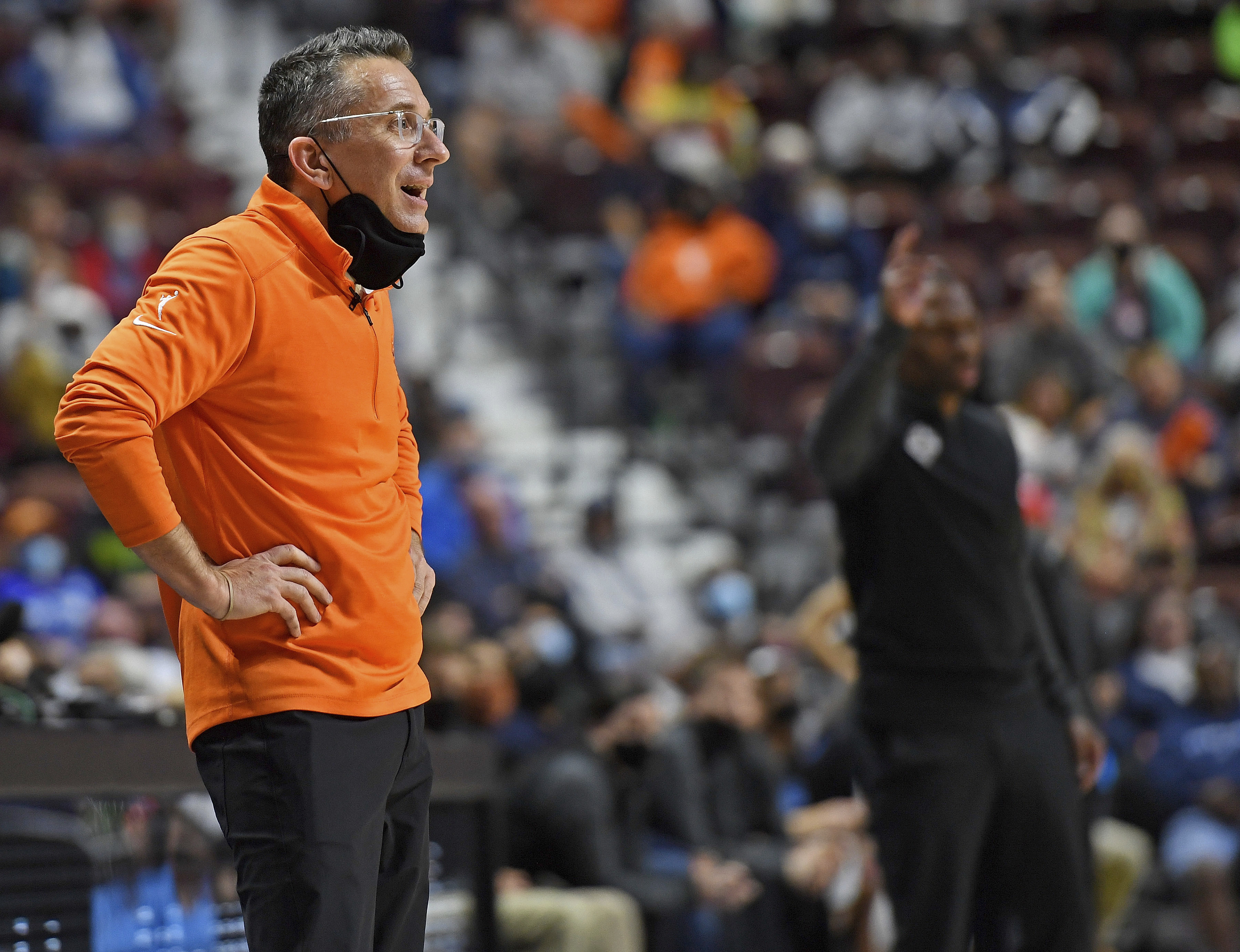 The WNBA's inability to provide comfortable travel arrangements for its players even during the WNBA semifinals series was met with deep frustration by Sky coach/general manager James Wade and Sun coach/general manager Curt Miller.