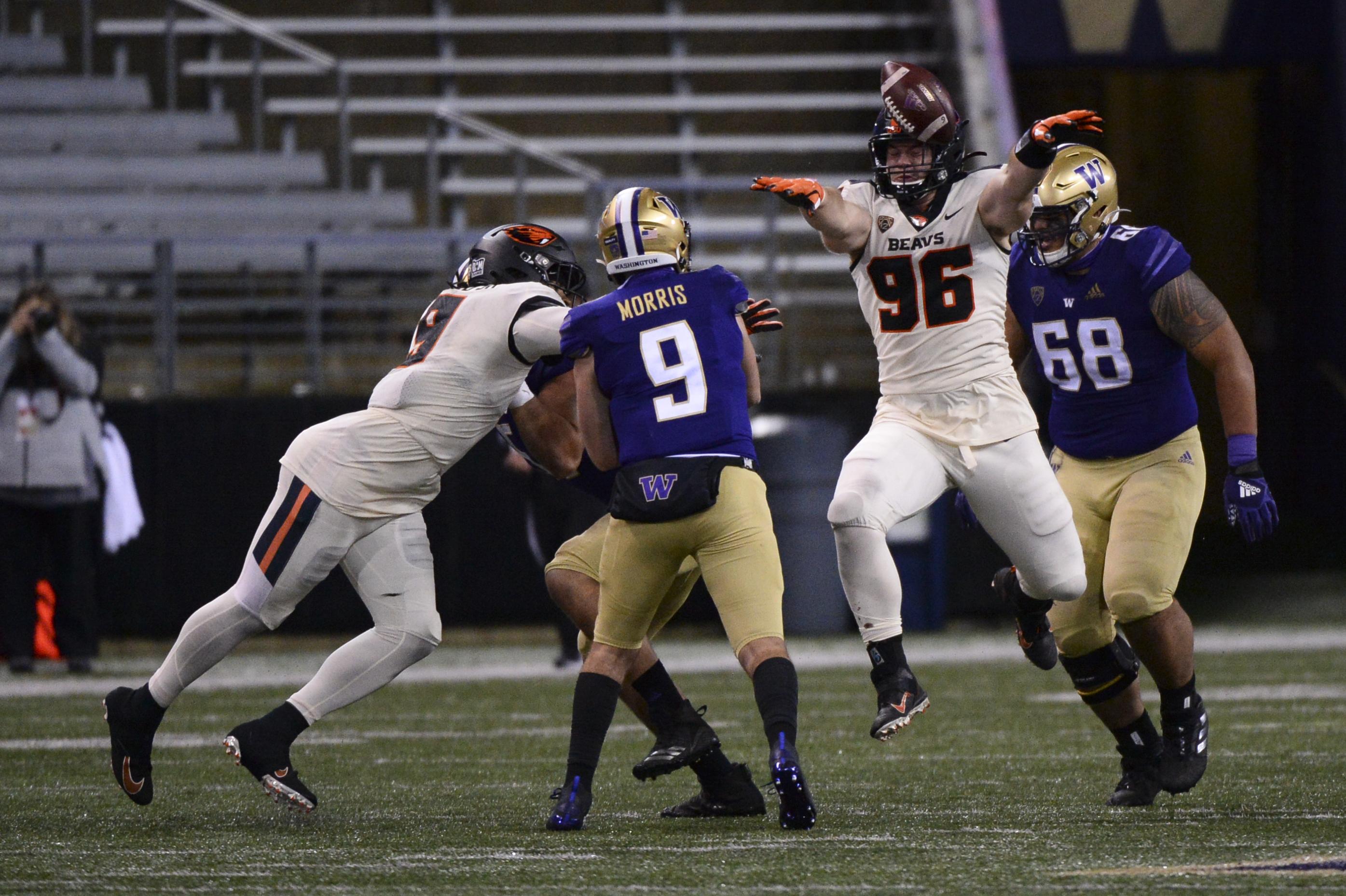 COLLEGE FOOTBALL: NOV 14 Oregon State at Washington