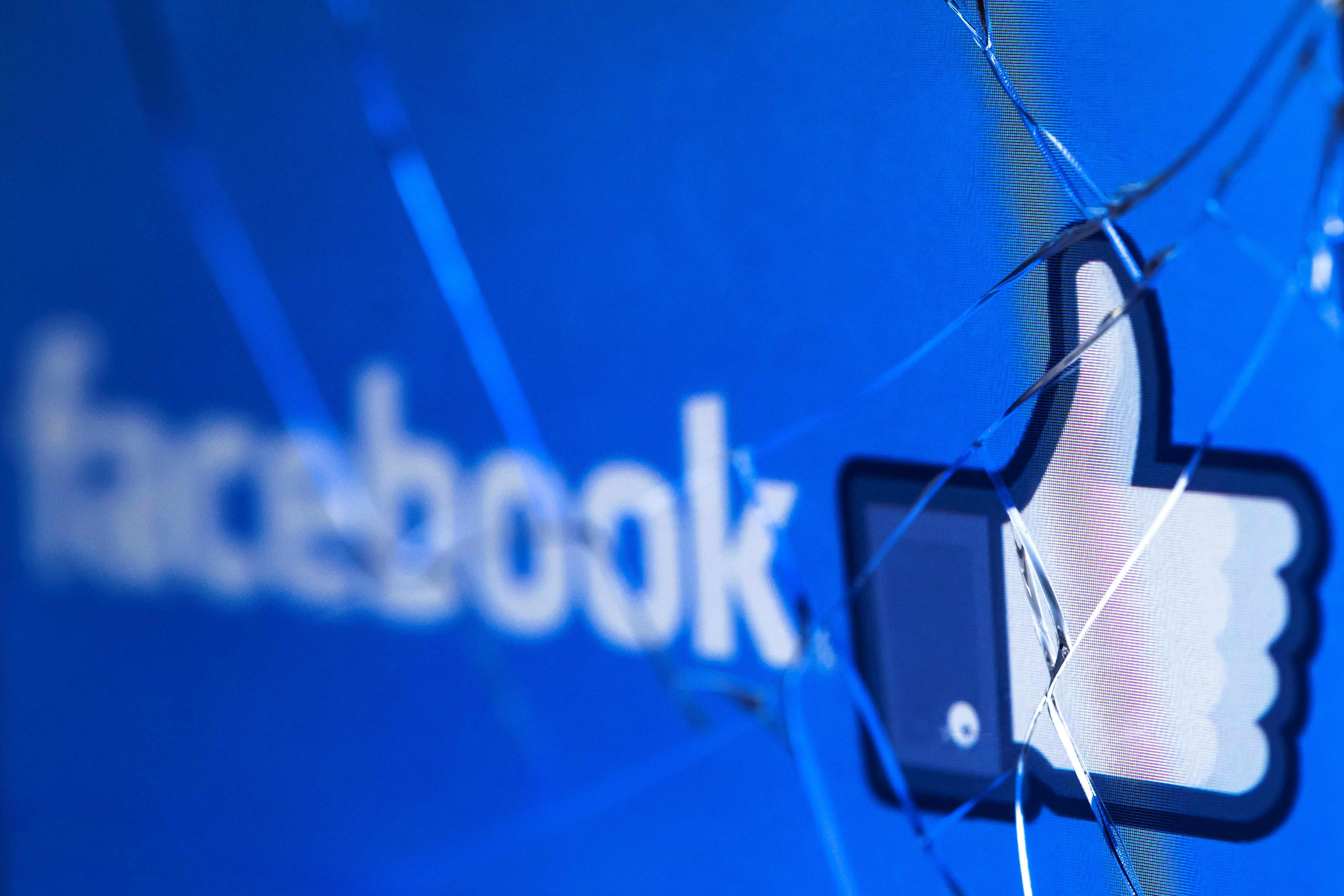 Facebook-owned platforms all stopped working around 11:30 a.m. ETMonday morning.