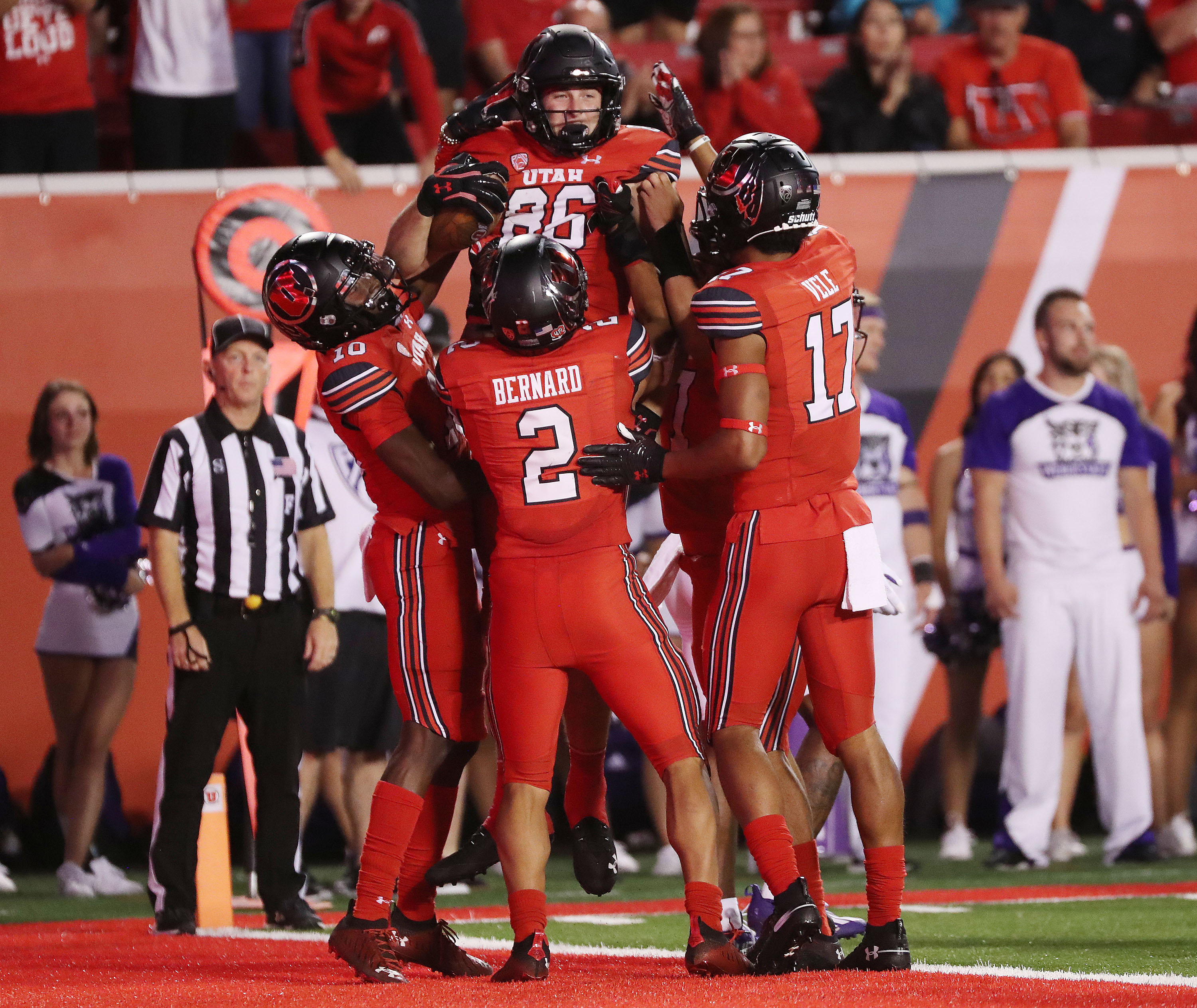 Utah tight end Dalton Kincaid (86) celebrates his touchdown during opener against Weber State at Rice-Eccles Stadium in SLC.
