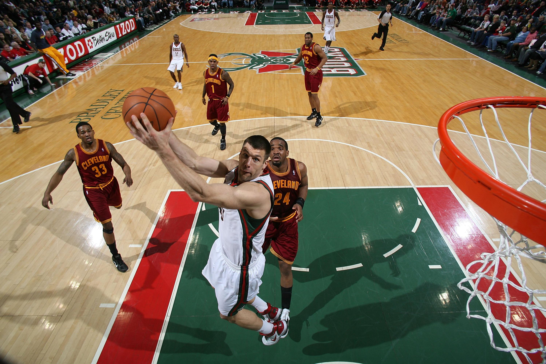 Cleveland Cavaliers v Milwaukee Bucks
