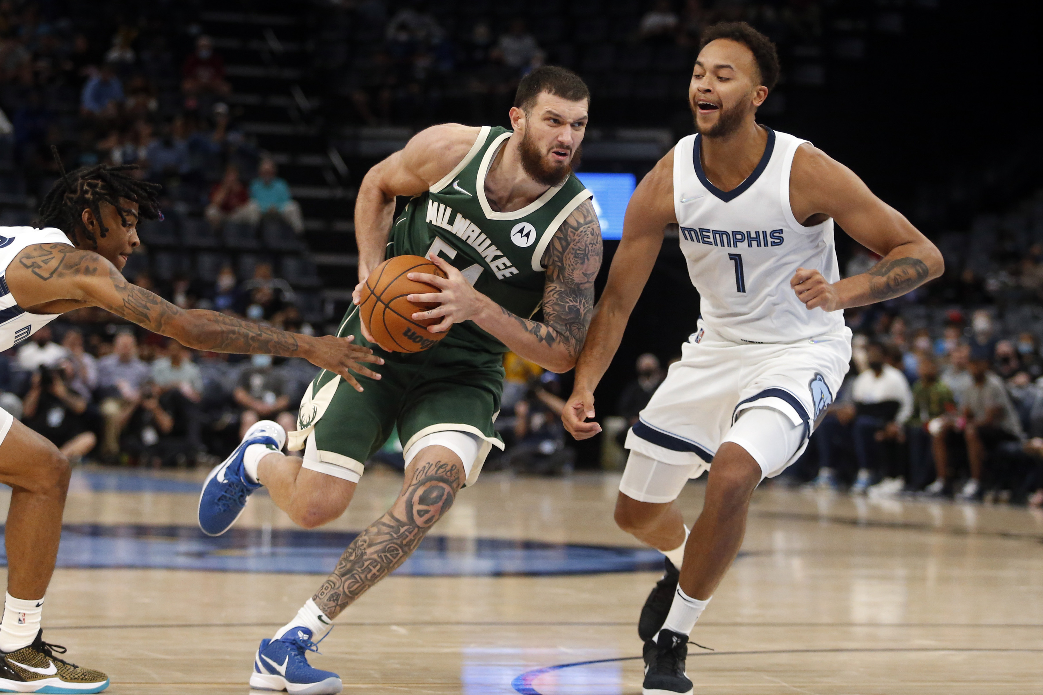 NBA: Preseason-Milwaukee Bucks at Memphis Grizzlies