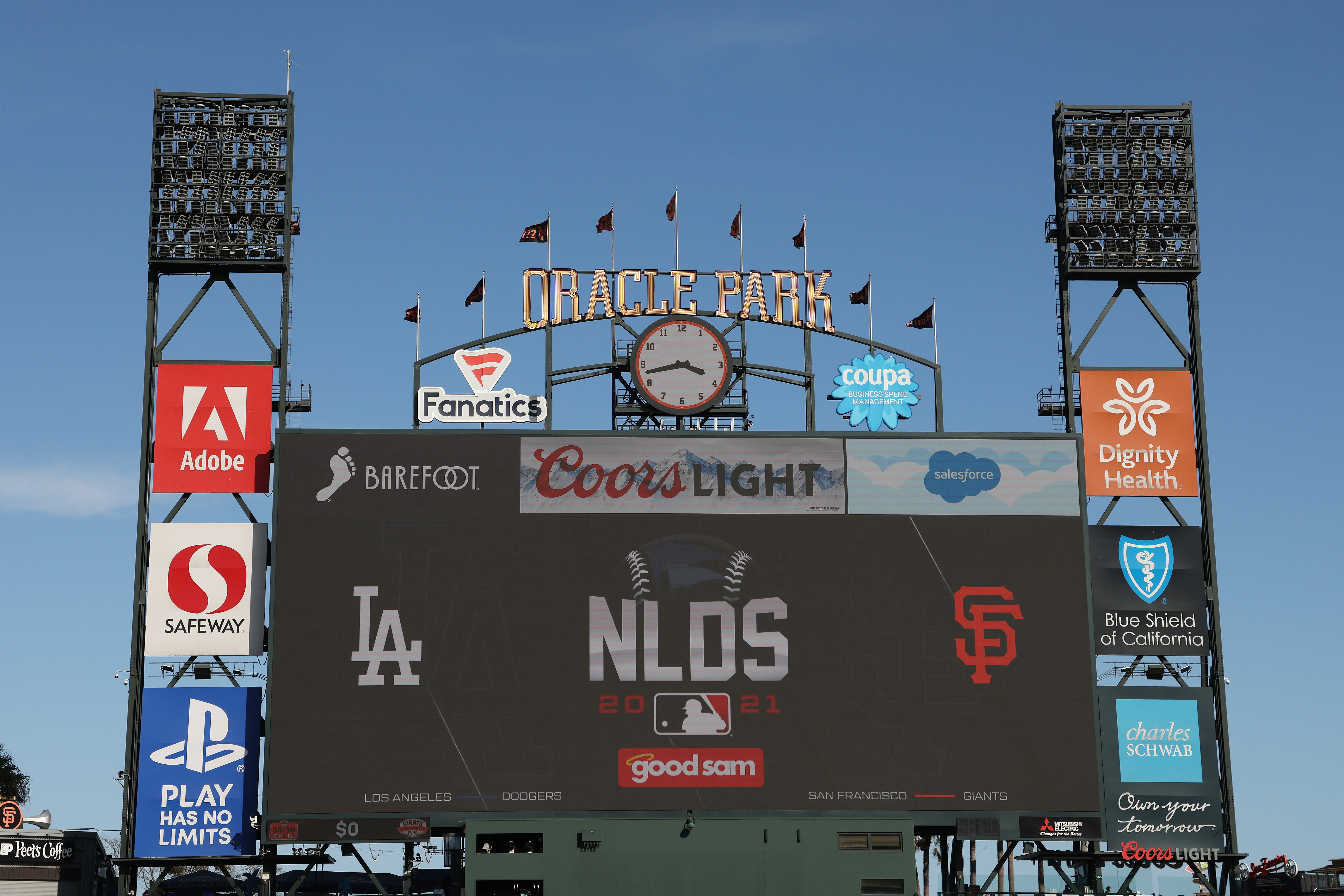 Division Series - Los Angeles Dodgers v San Francisco Giants - Game One