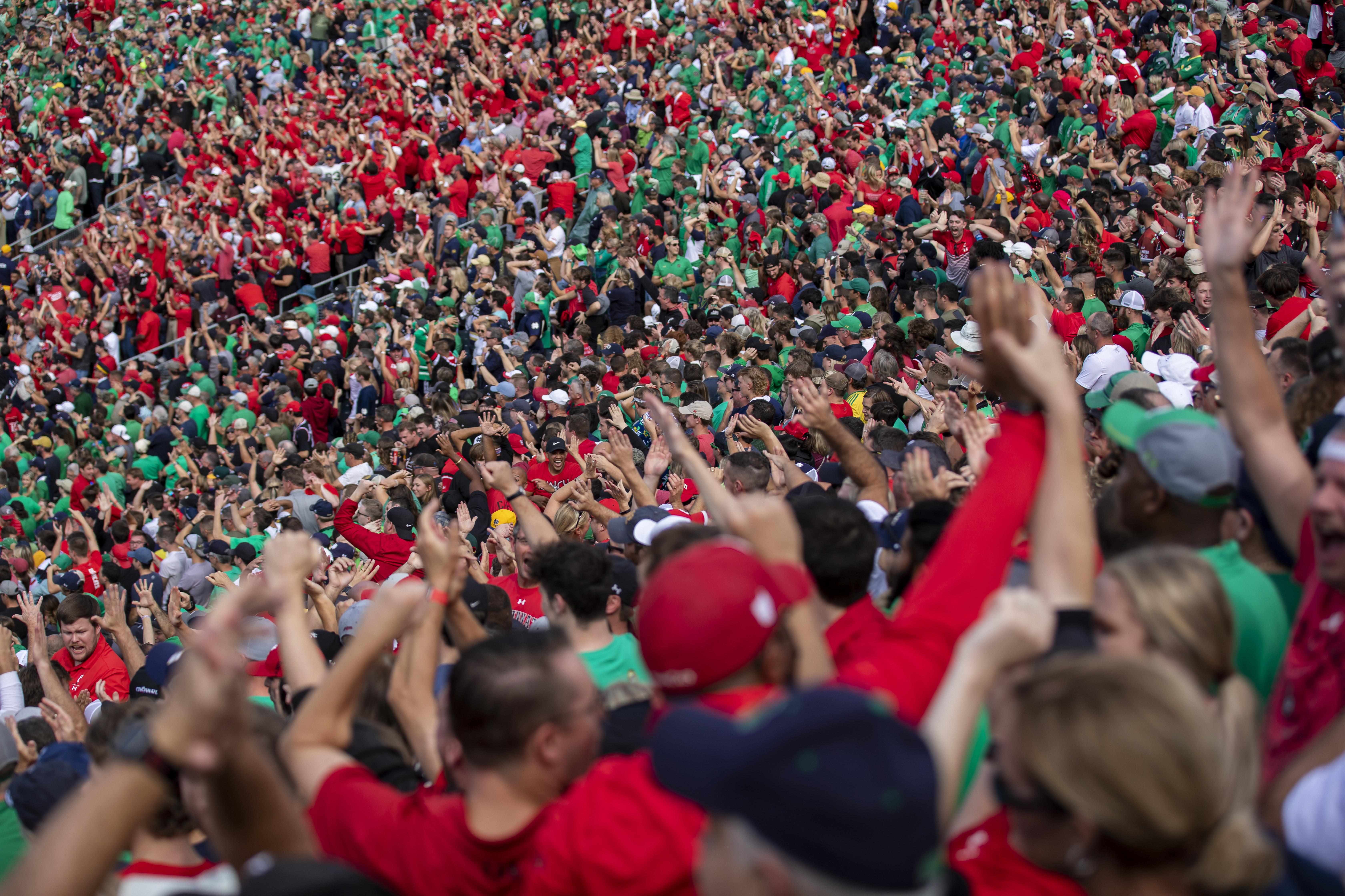 COLLEGE FOOTBALL: OCT 02 Cincinnati at Notre Dame