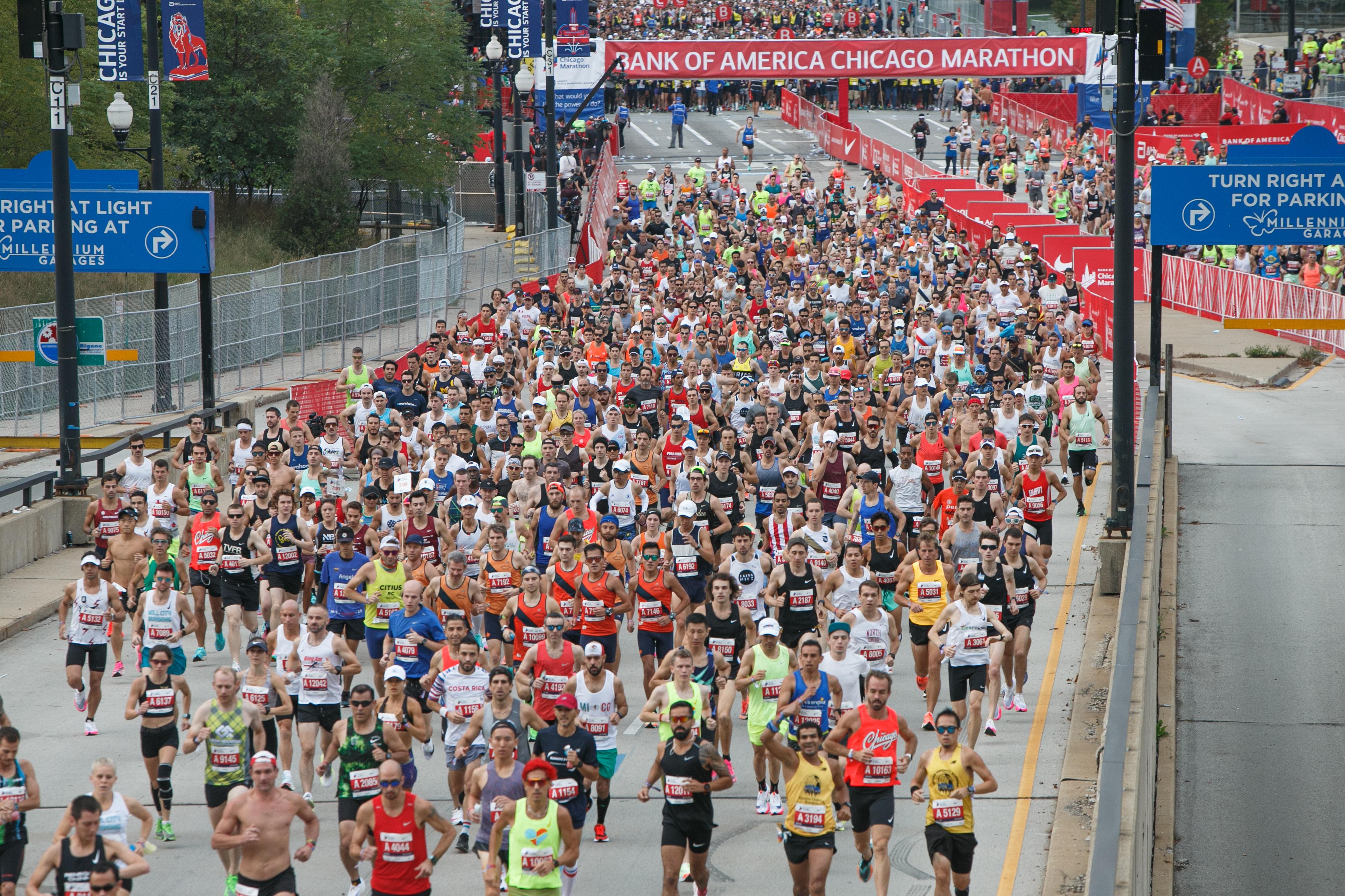 Runners start at the Chicago Marathon on Columbus Drive Sunday morning, Oct. 10, 2021.