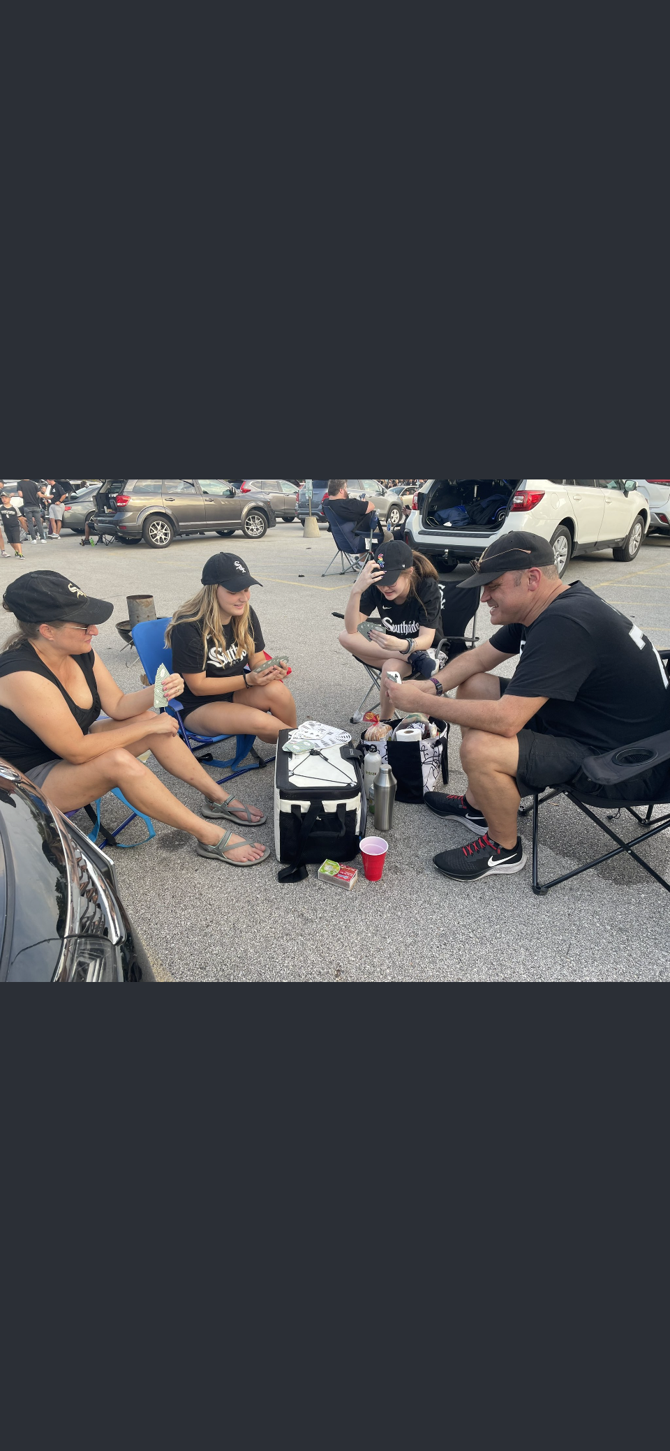 White Sox fans ascended Sunday to the parking lots outside Guaranteed Rate Field in anticipation for Game 3 of the American League Division Series.