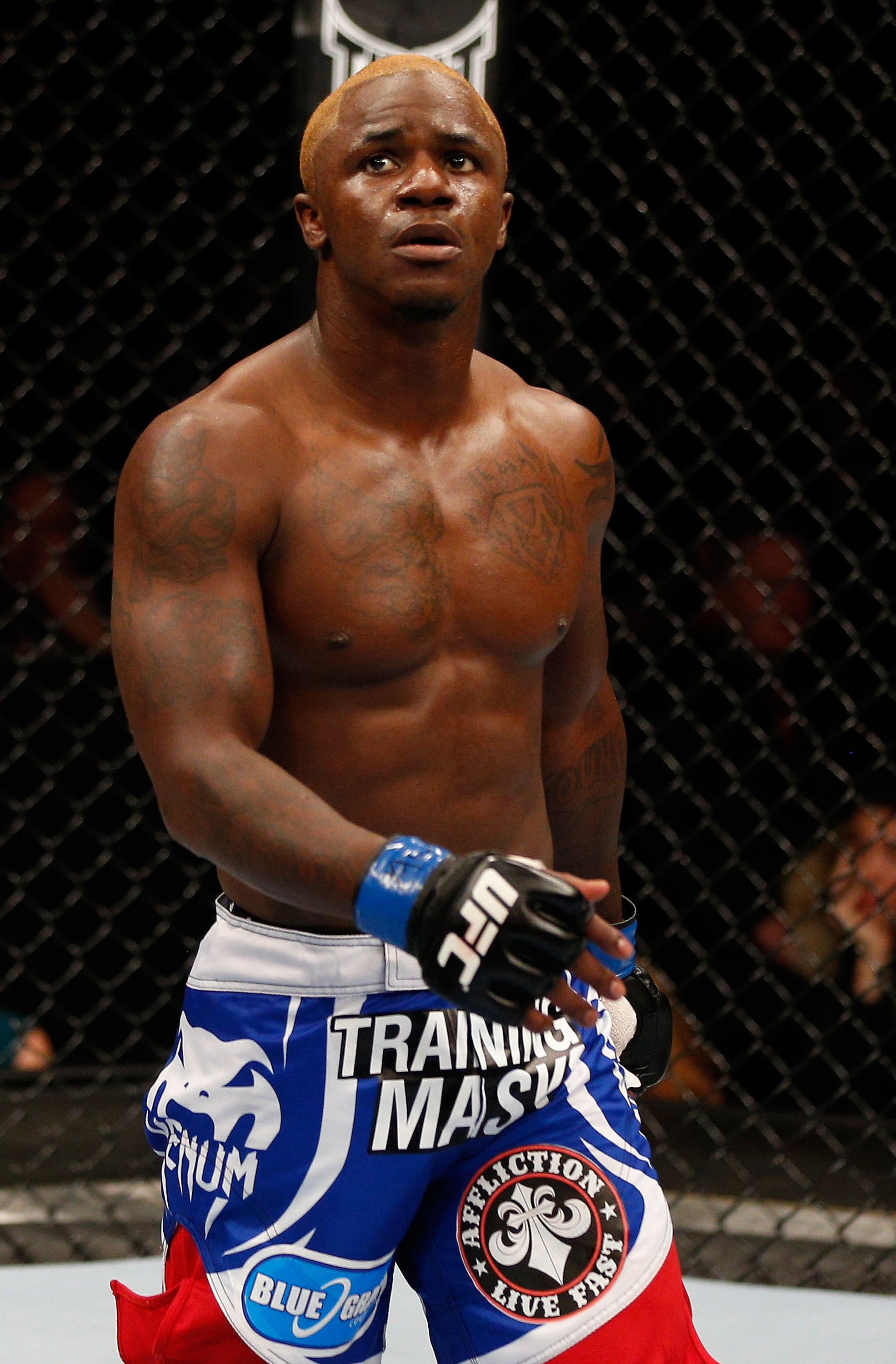 Melvin Guillard during his 2013 fight against Ross Pearson.