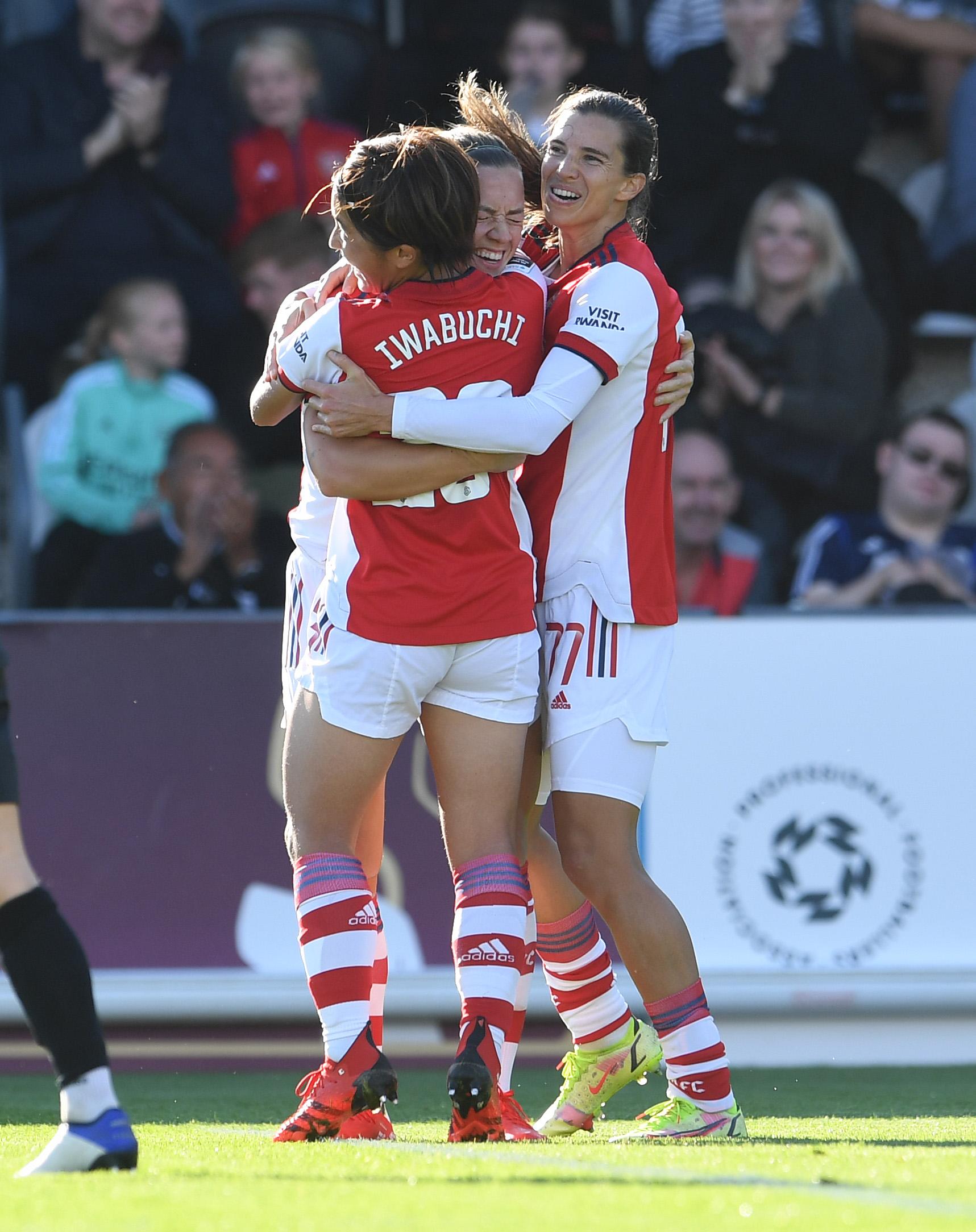 Arsenal Women v Everton Women - Barclays FA Women's Super League