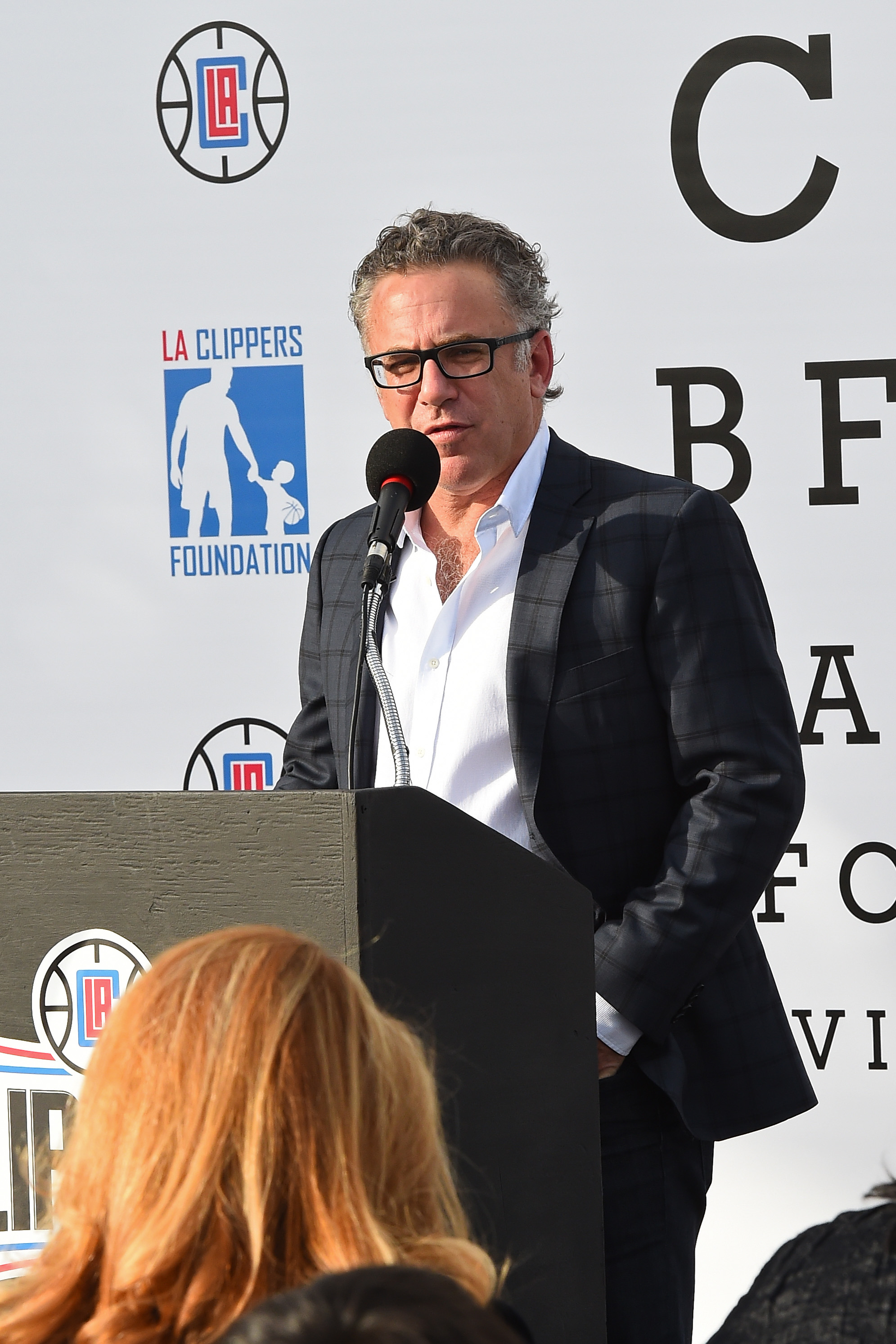 LA Clippers Foundation teams with Vision To Learn