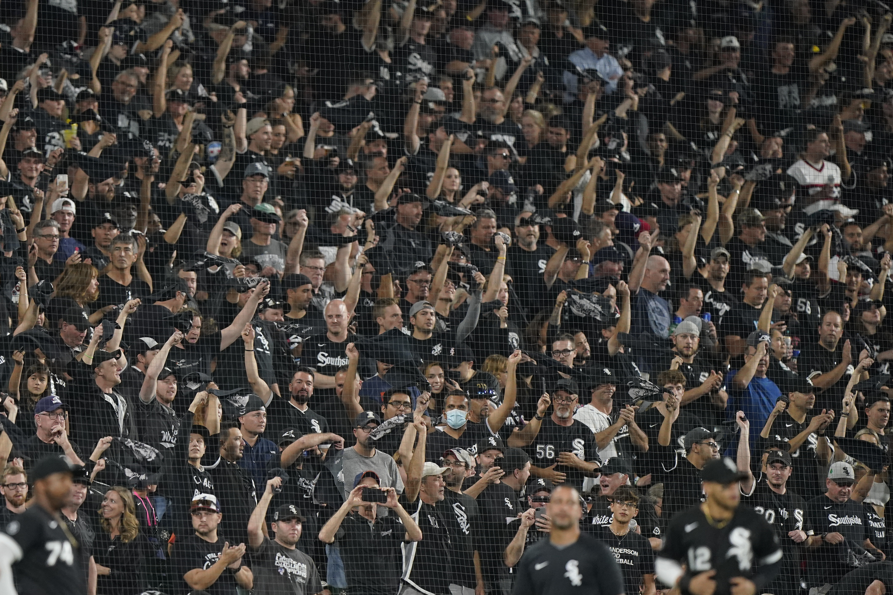 White Sox fans cheer before Game 3.