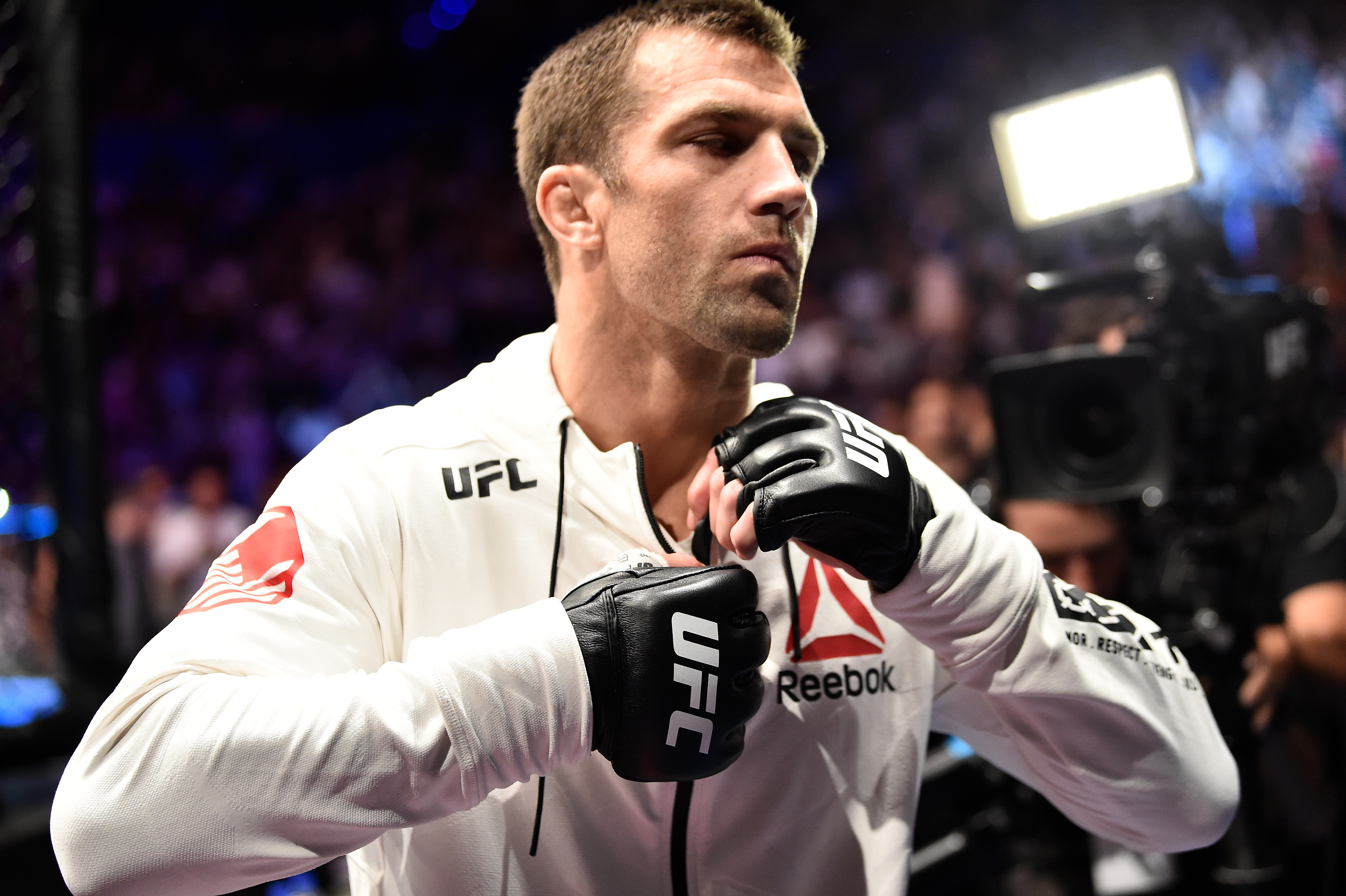 UFC 221:罗梅罗诉洛克霍尔德