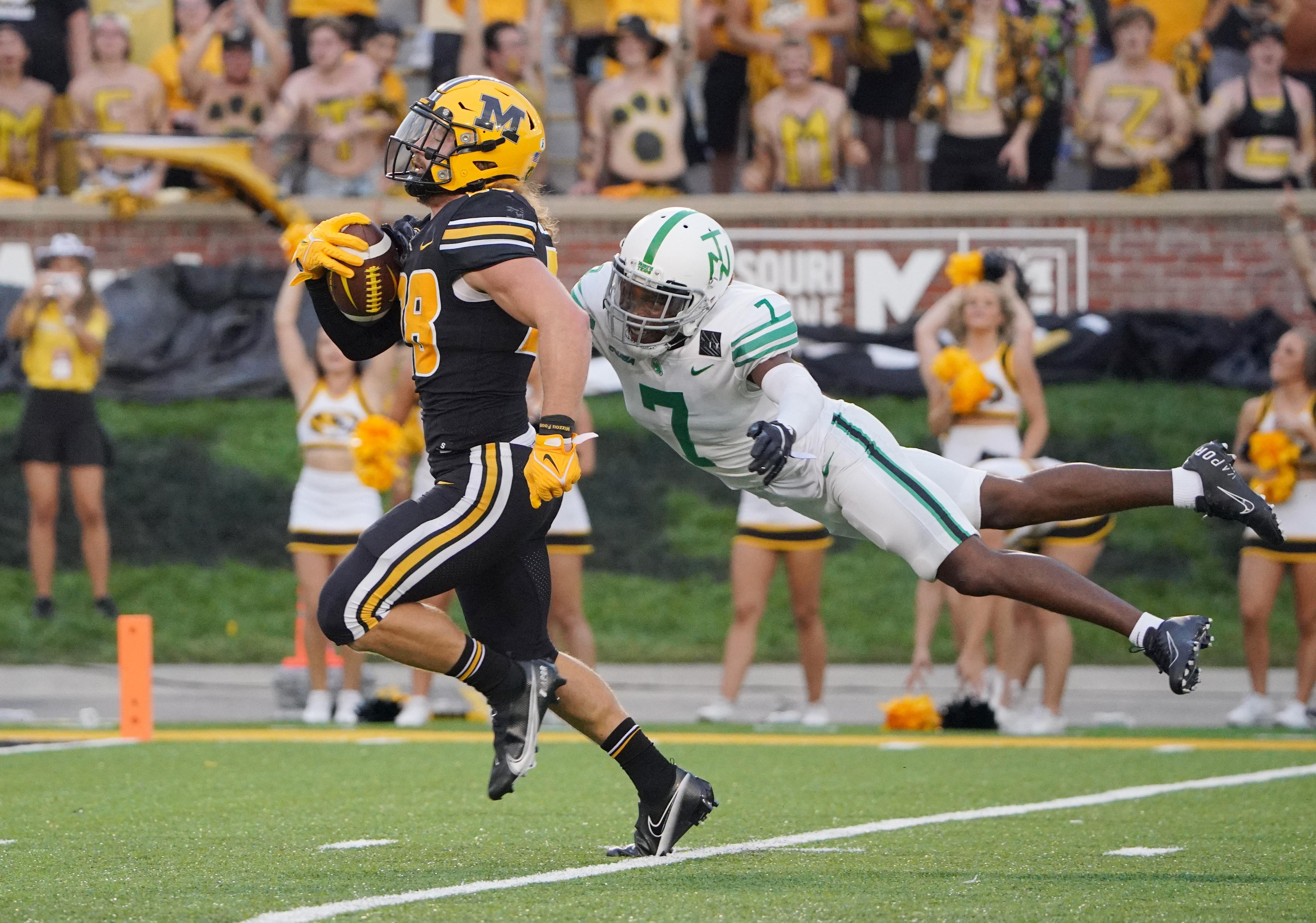 NCAA Football: North Texas at Missouri