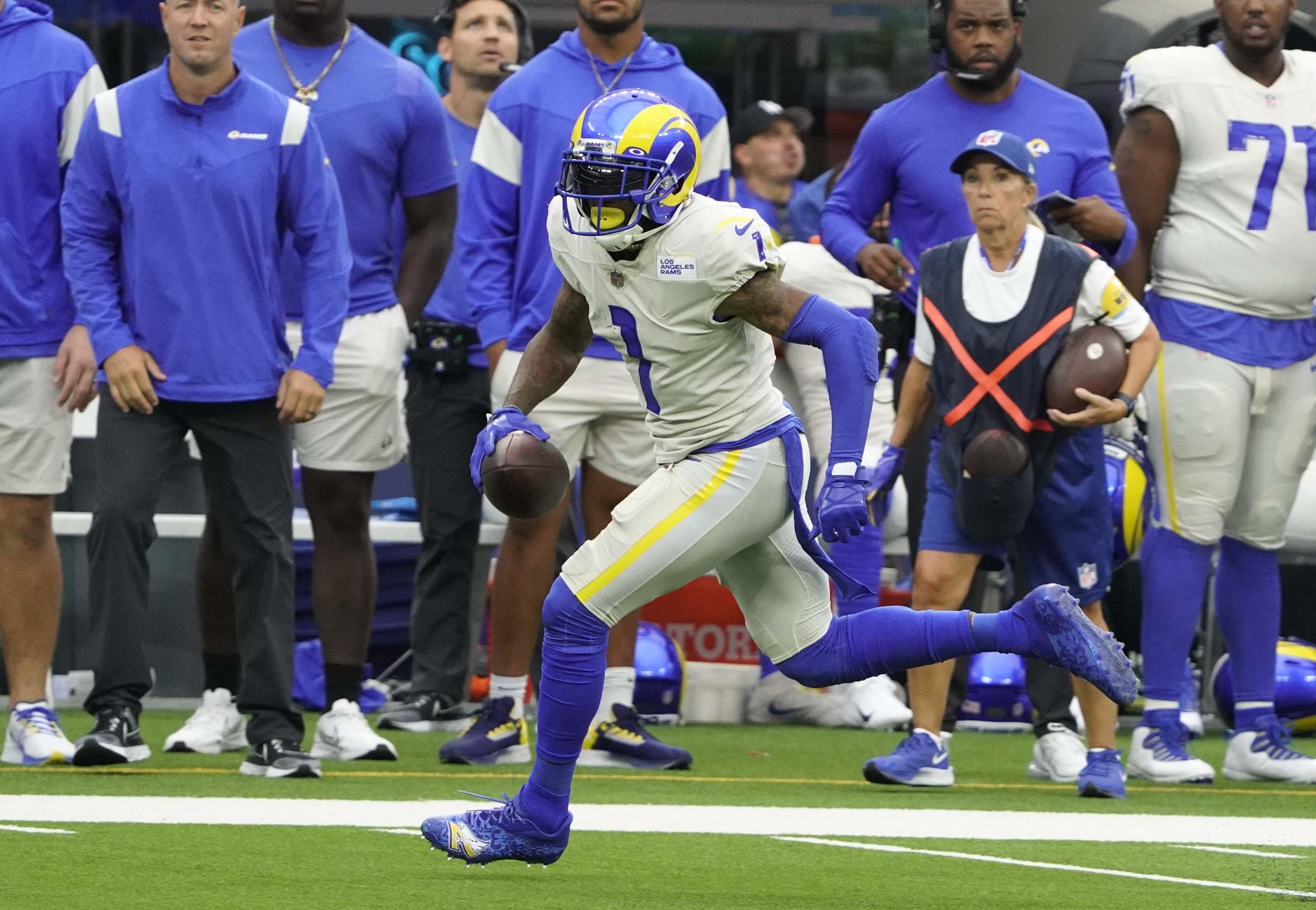 NFL: SEP 26 Buccaneers at Rams