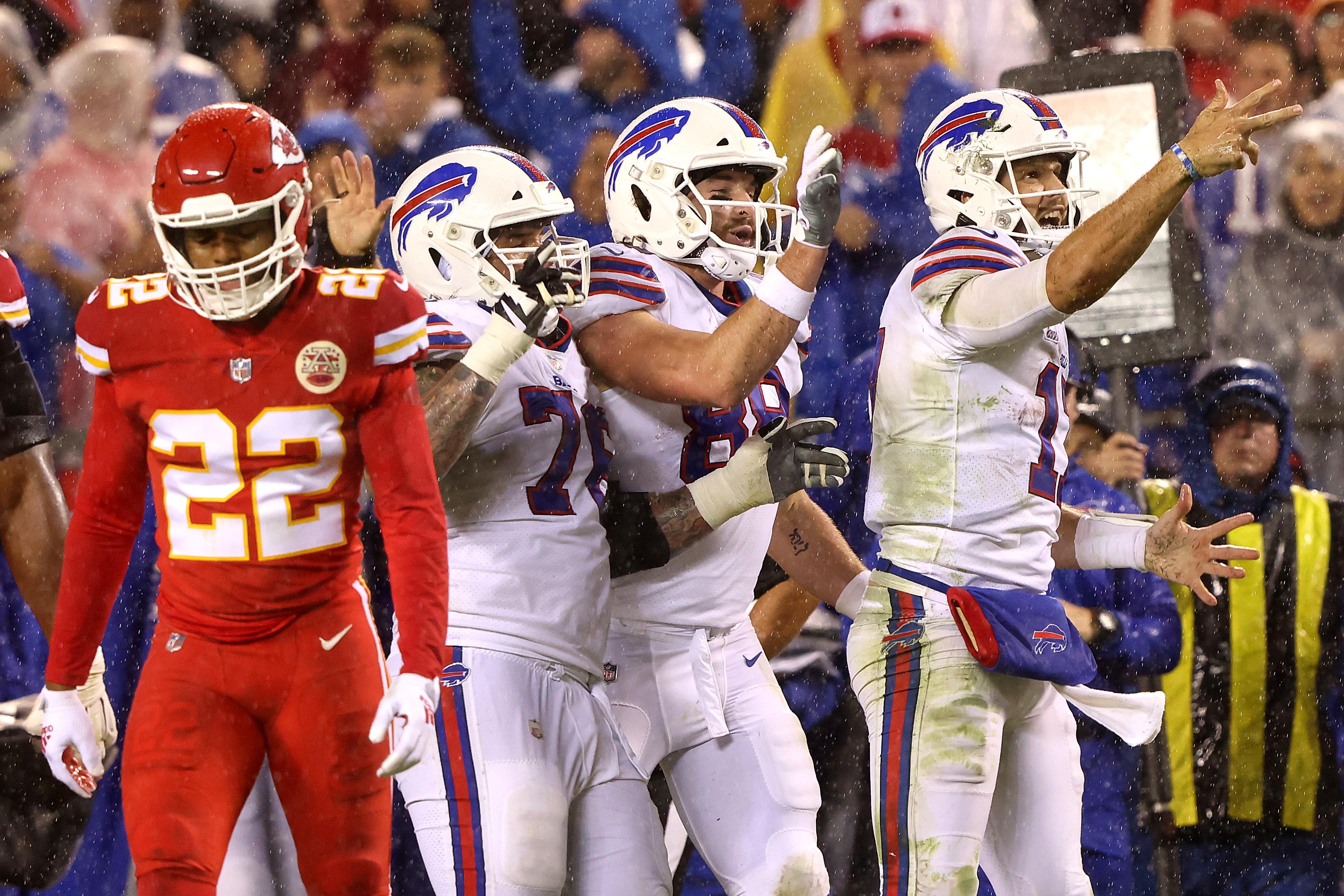 Buffalo Bills v Kansas City Chiefs