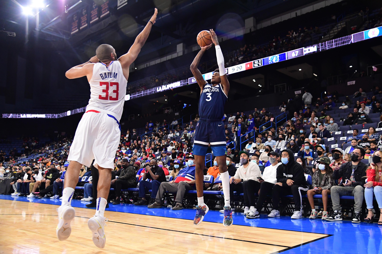 Minnesota Timberwolves v LA Clippers