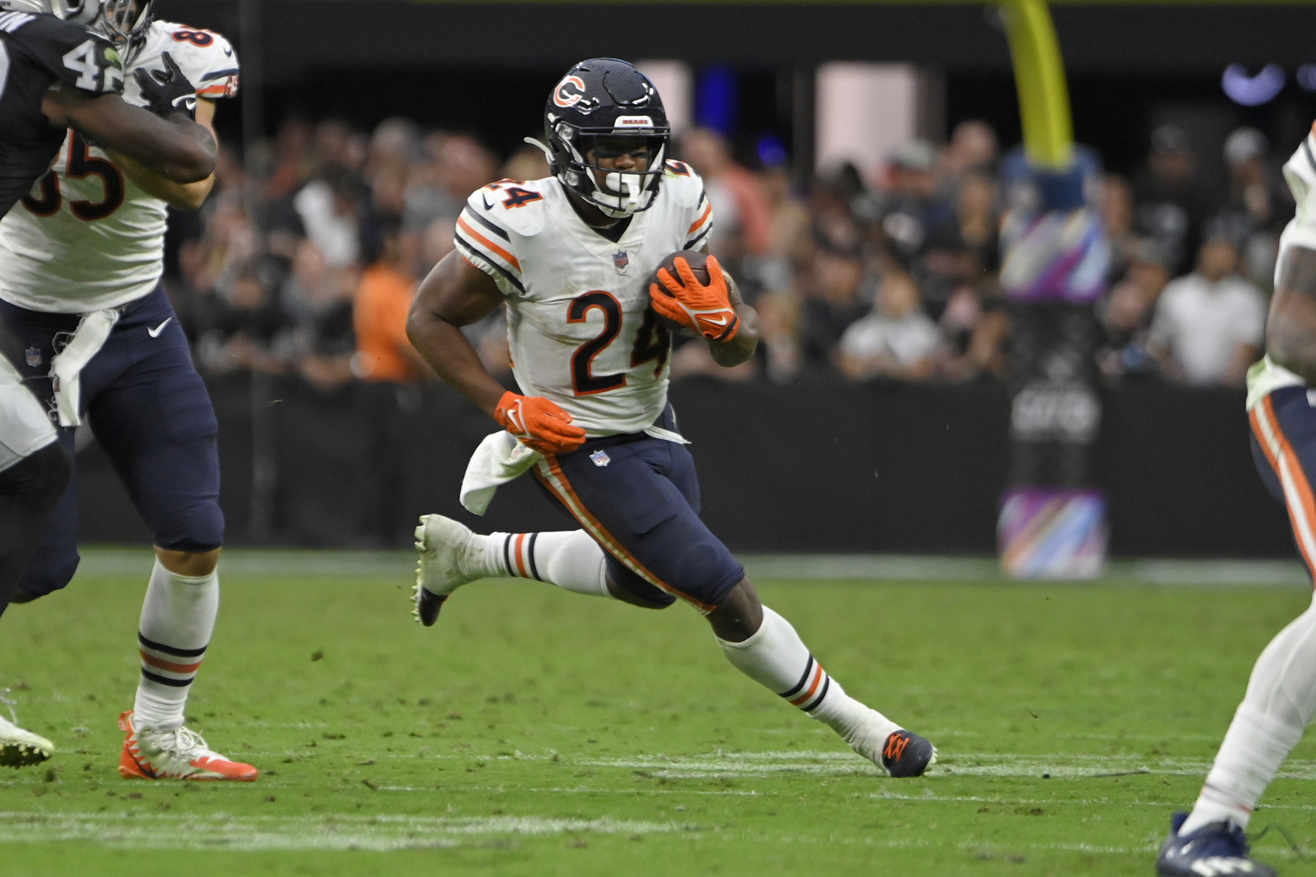 Bears RB Khalil Herbert ran for 75 yards on 18 carries in the win over the Raiders.