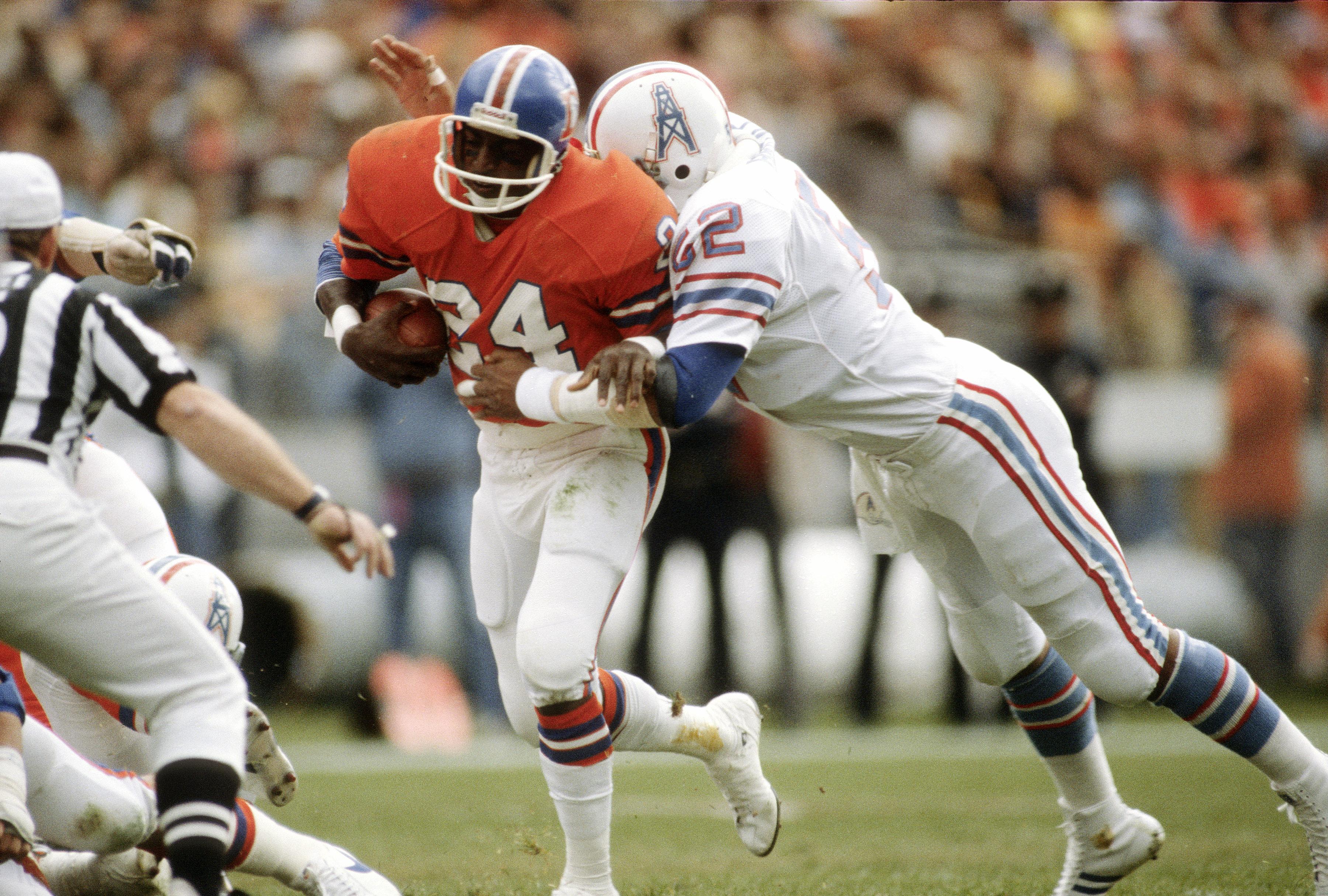 Houston Oilers v Denver Broncos