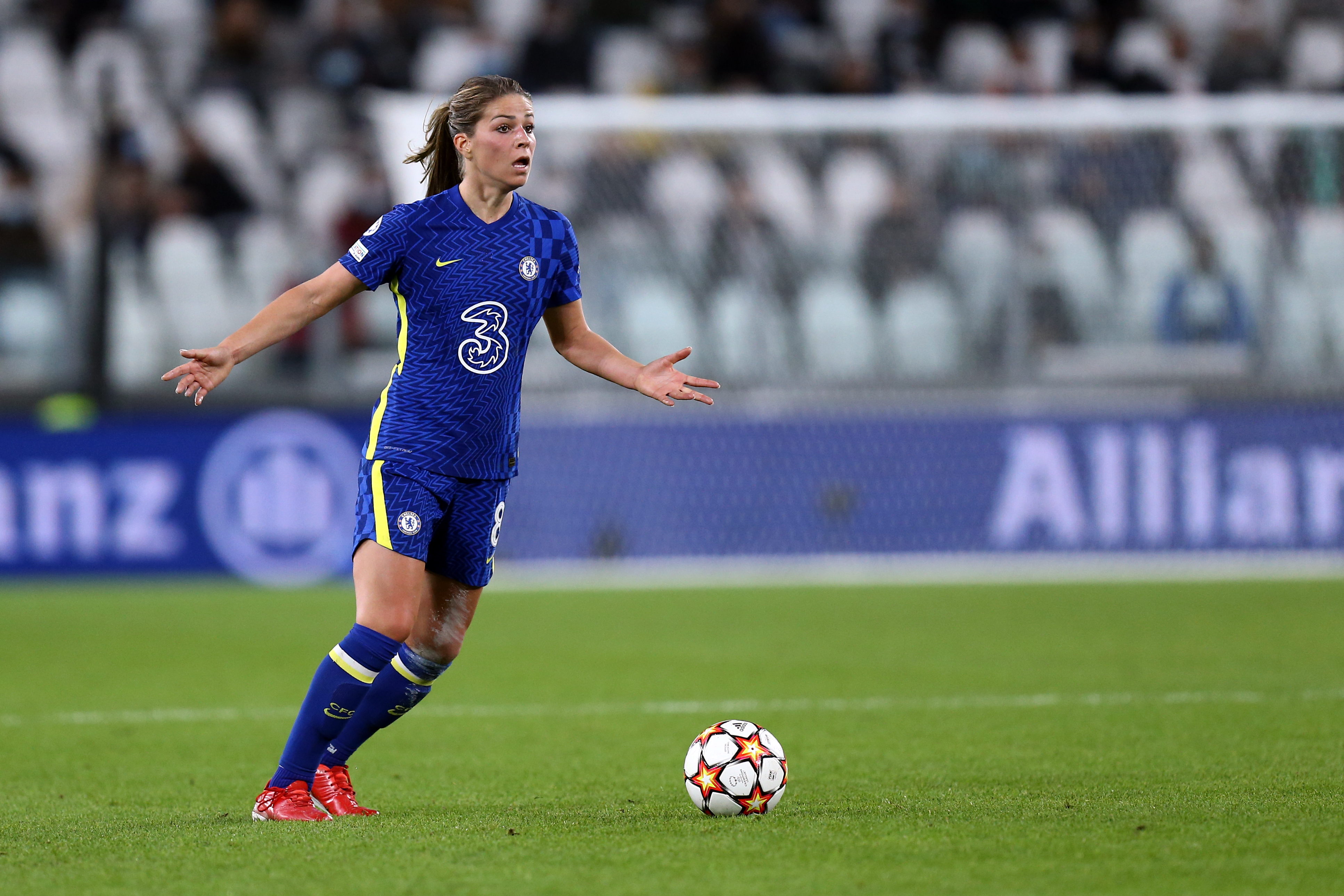 Melanie Leupolz of Chelsea Fc Women in action during the...