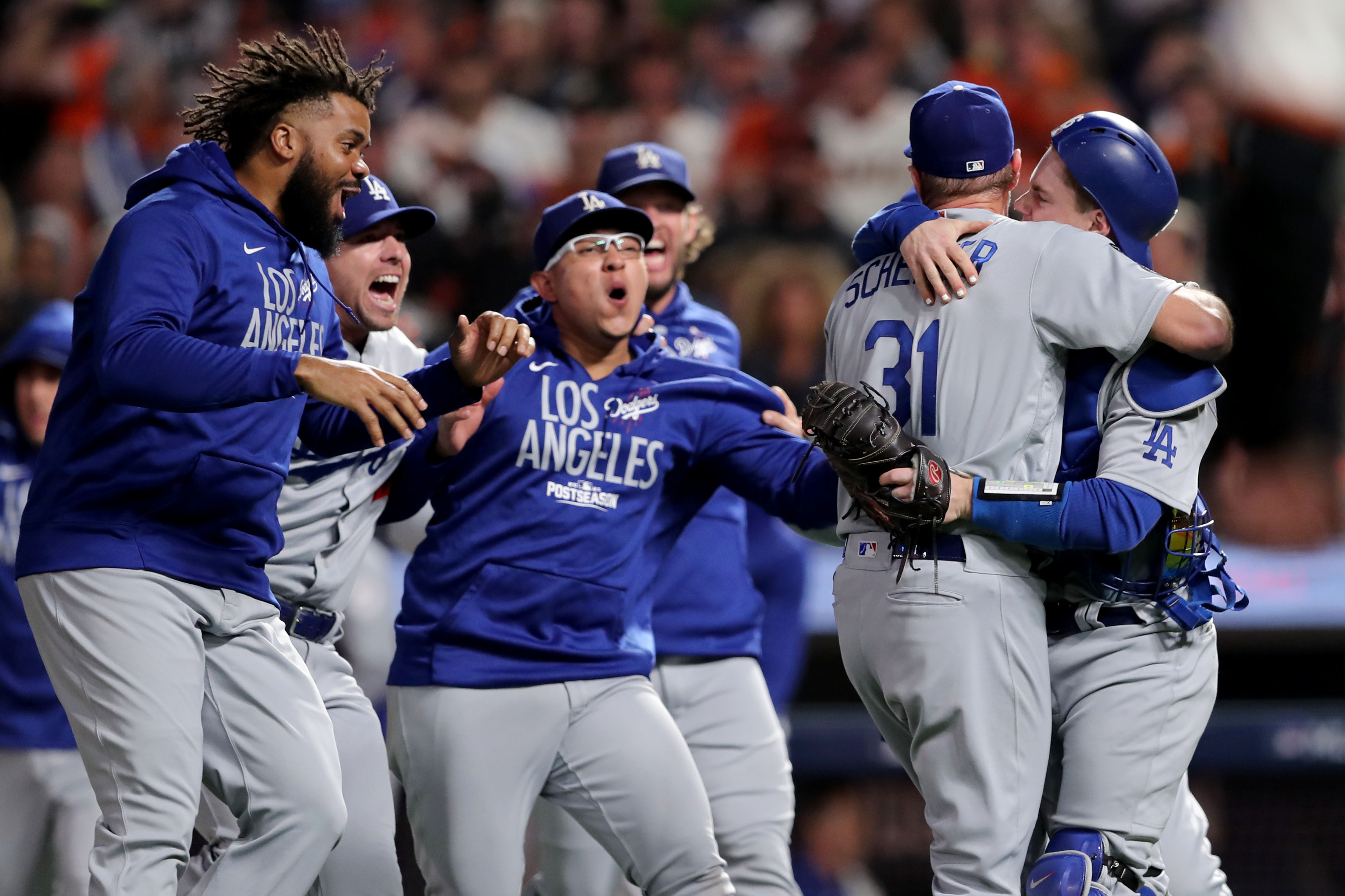Los Angeles Dodgers against the San Francisco Giants Game 5 of National League Divisional Series