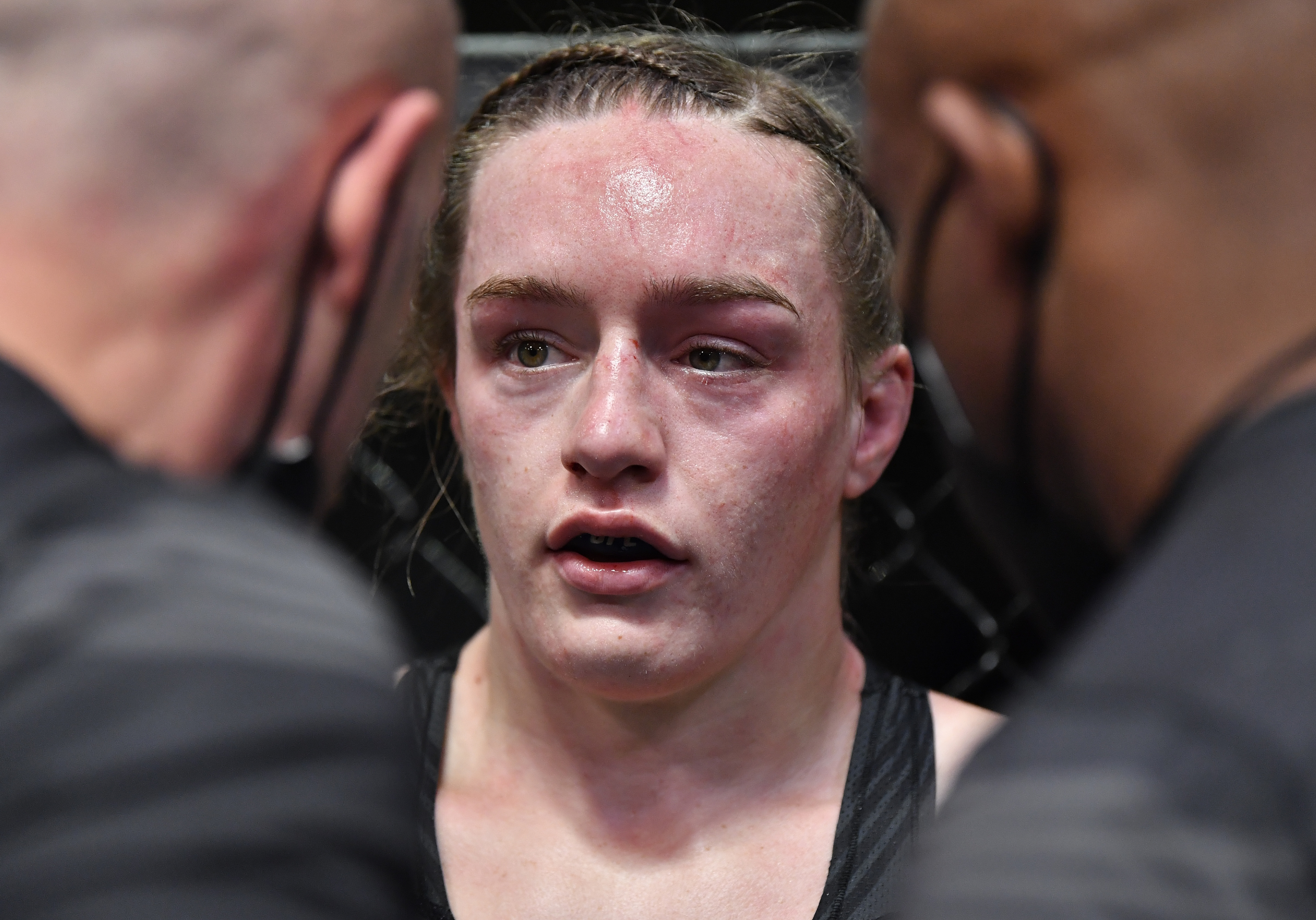 Does Aspen Ladd need a new coach after what we saw in her fight against Norma Dumont at UFC Vegas 40